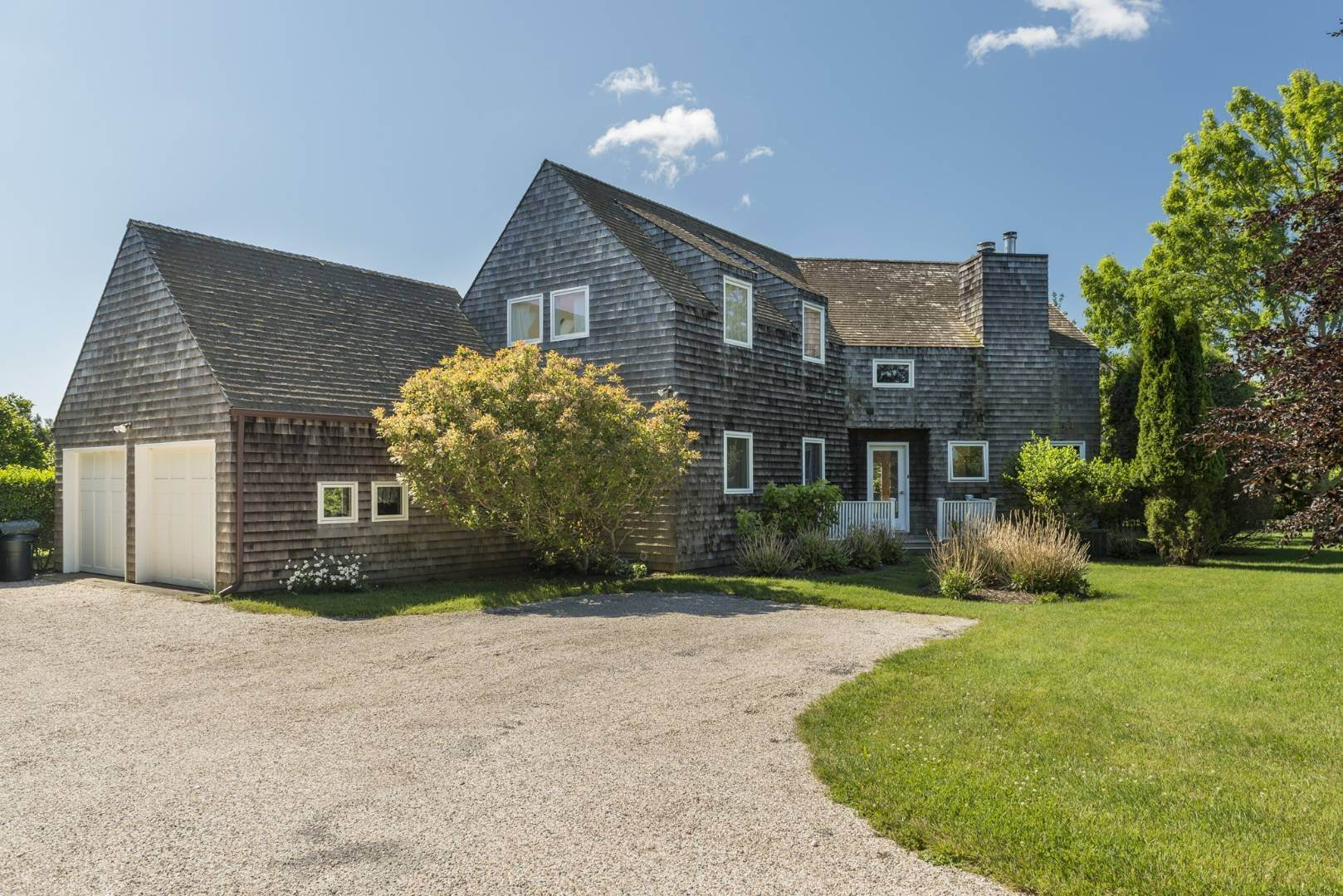 Single Family Home at Bridgehampton South Of The Highway Rental Bridgehampton, NY 11932