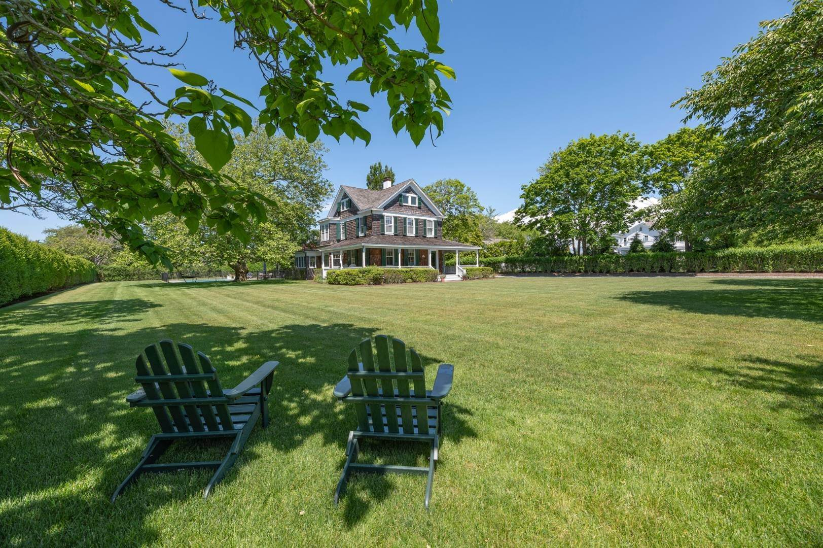 Single Family Home at Westhampton Beach Rental With A Heated Pool 19 Bayfield Lane, Westhampton Beach Village, NY 11978