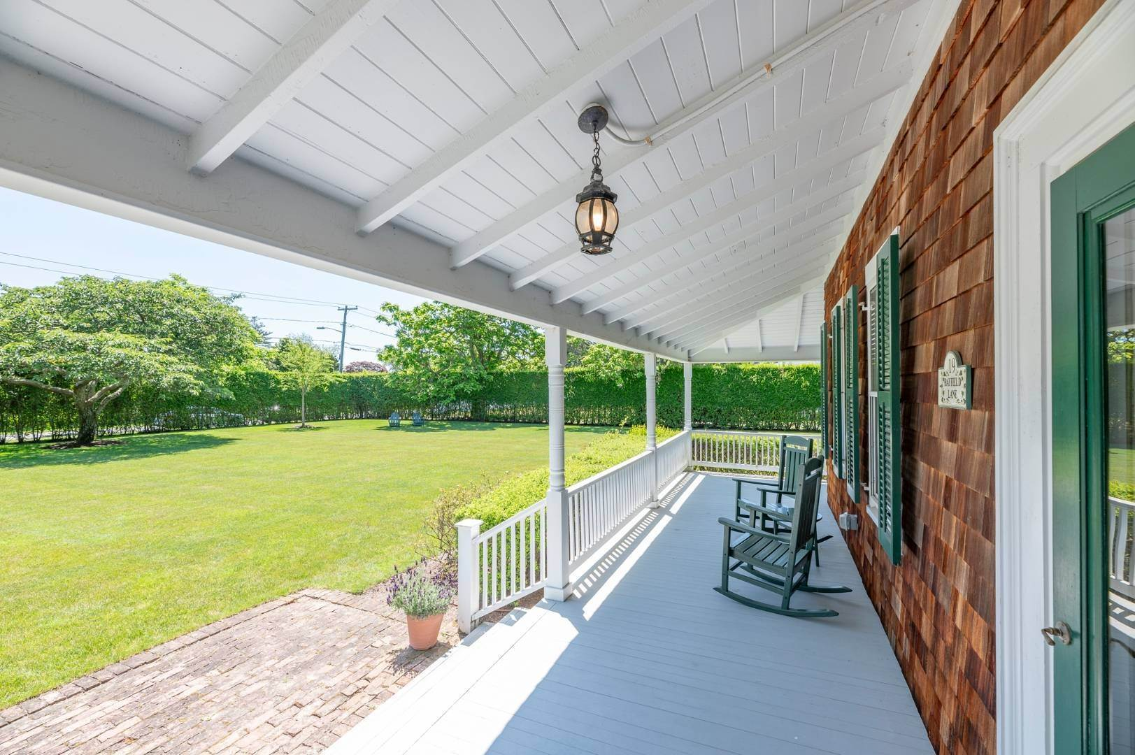 4. Single Family Home at Westhampton Beach Rental With A Heated Pool 19 Bayfield Lane, Westhampton Beach Village, NY 11978