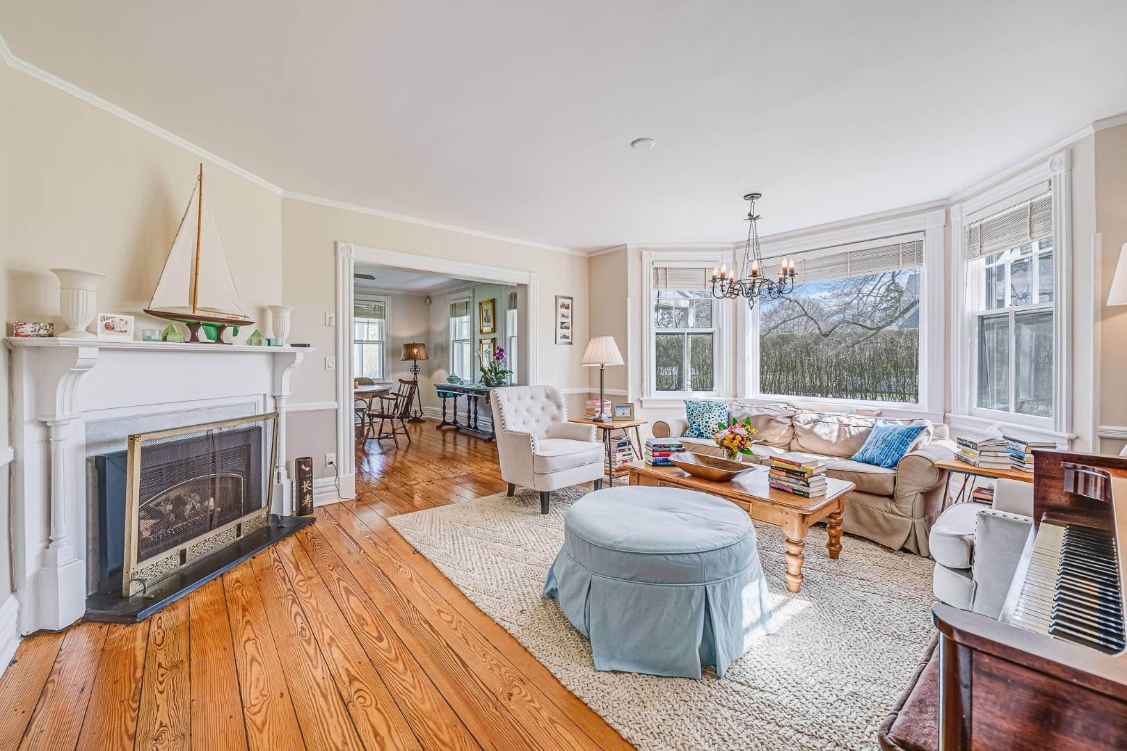 6. Single Family Home at Westhampton Beach Rental With A Heated Pool 19 Bayfield Lane, Westhampton Beach Village, NY 11978