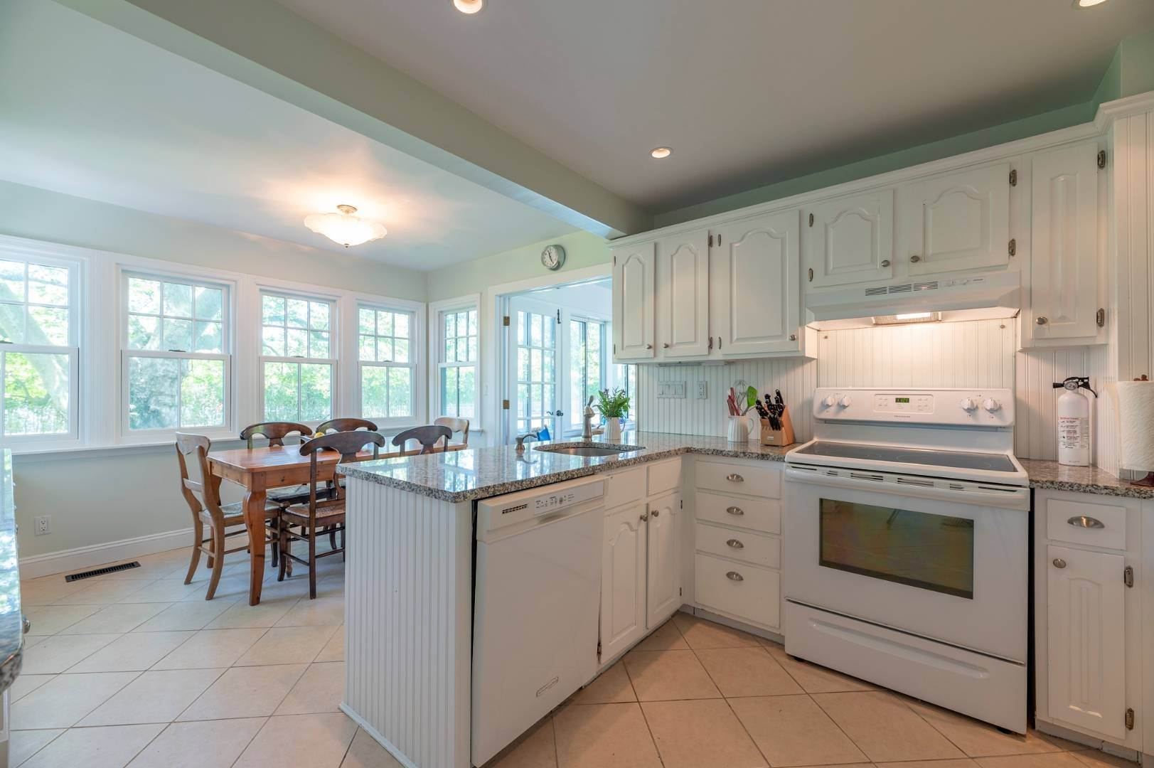 10. Single Family Home at Westhampton Beach Rental With A Heated Pool 19 Bayfield Lane, Westhampton Beach Village, NY 11978