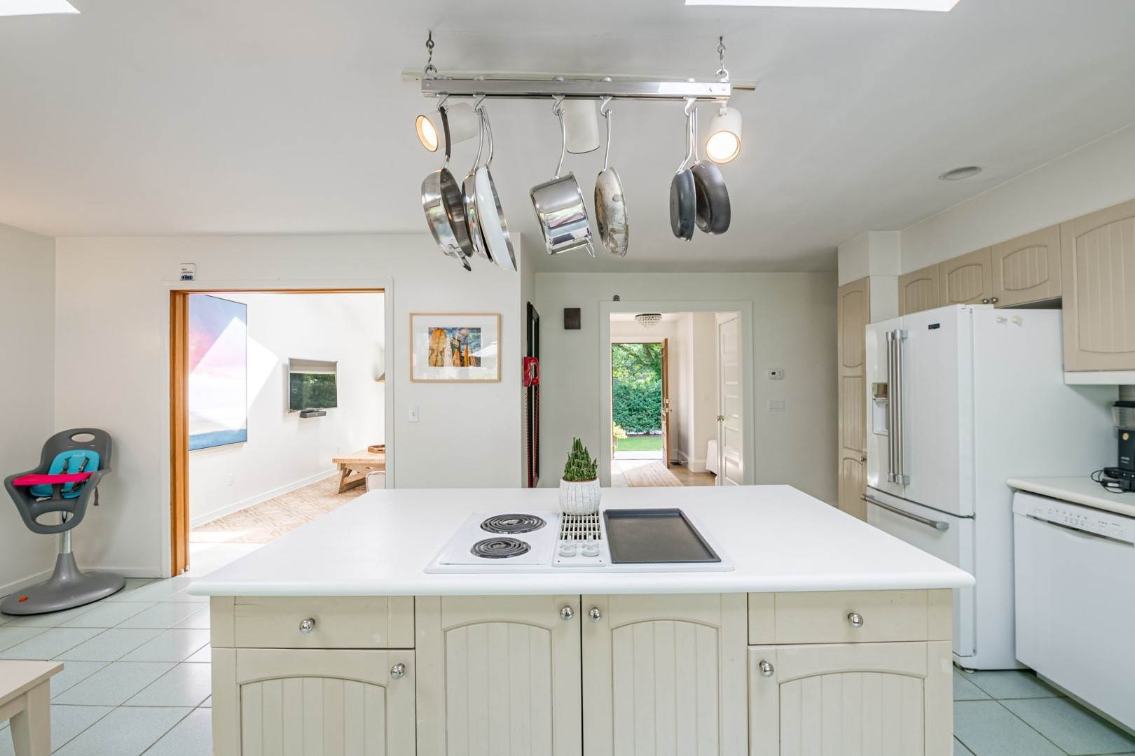 6. Single Family Home at Year Round In Sag Harbor With Hot Tub And Heated Pool 80 Denise Street, Sag Harbor South, NY 11963