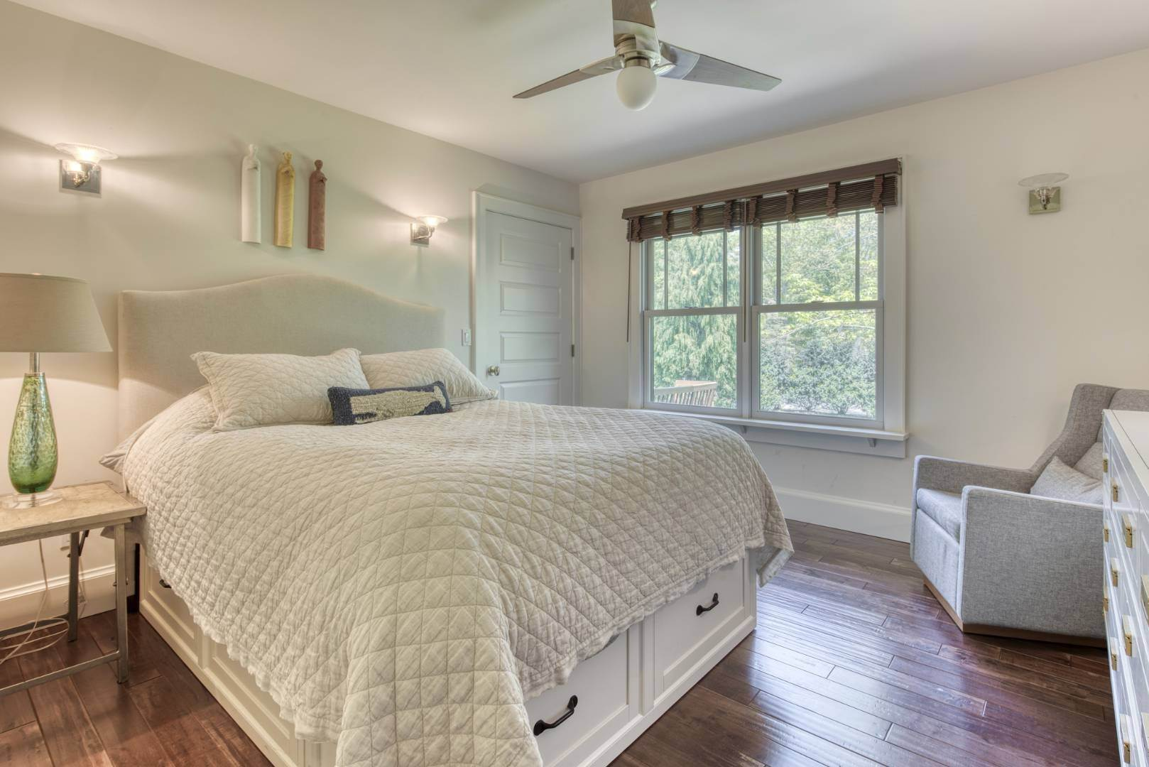 11. Single Family Home at Year Round In Sag Harbor With Hot Tub And Heated Pool 80 Denise Street, Sag Harbor South, NY 11963