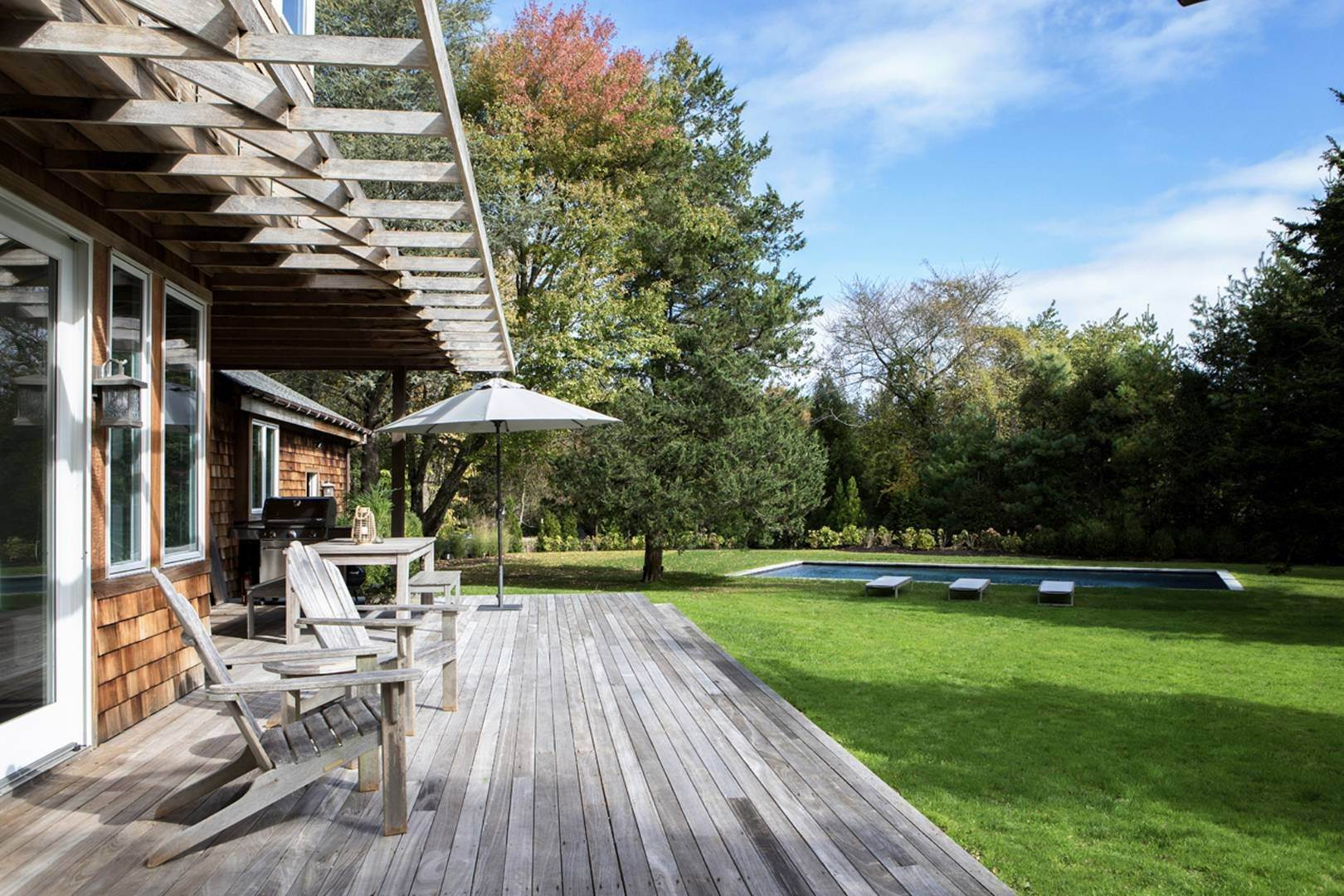 18. Single Family Home at Newly Designed Near Southampton Village 20 Schwenks Road, Water Mill, NY 11976
