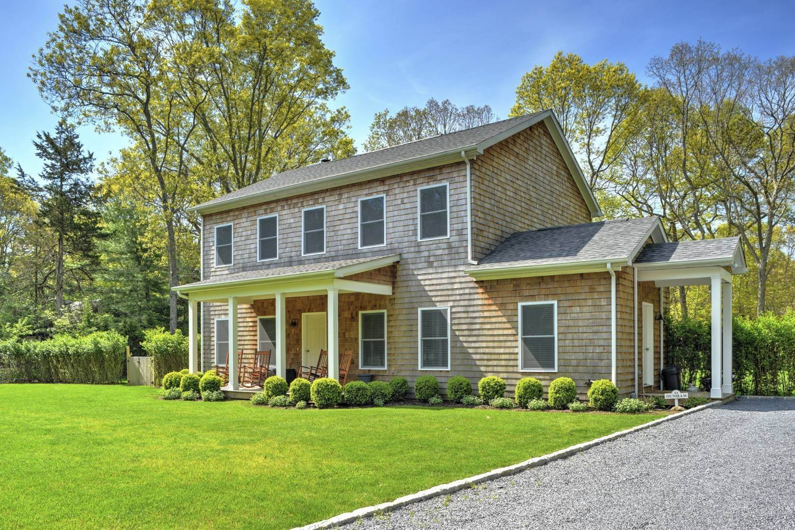 Single Family Home at Beautiful East Hampton Getaway East Hampton, NY 11937
