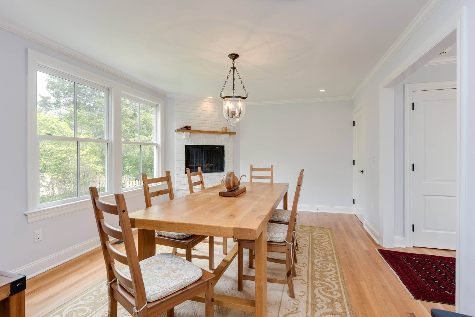 10. Single Family Home at Turnkey Renovated Village Traditional Only Half Mile To Ocean 87 Beach Lane, Westhampton Beach Village, NY 11978