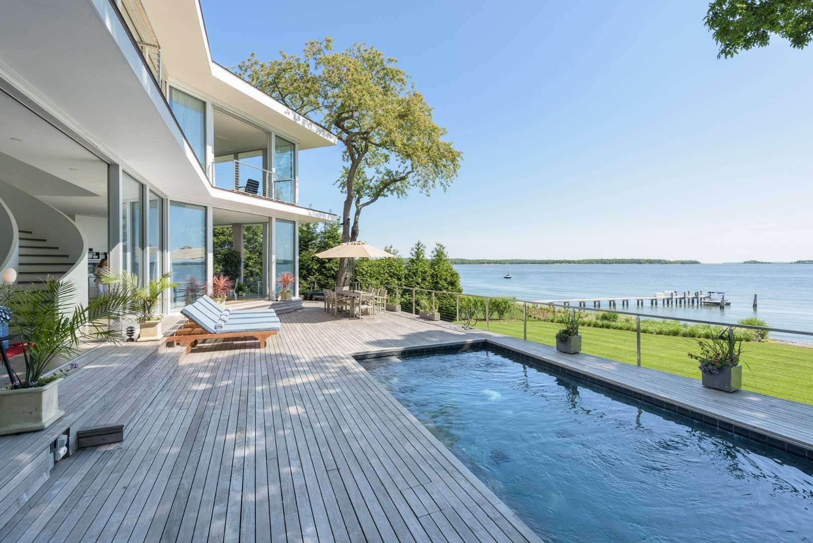 Single Family Home for Sale at Modern Waterfront 15 Mashomuck Dr, Sag Harbor, NY 11963