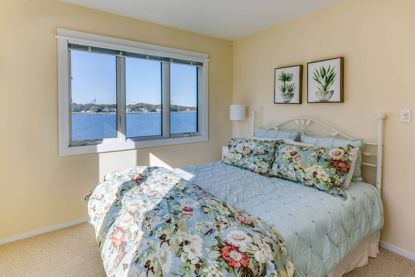 20. Single Family Home at Sag Harbor Waterfront Condo, Available Now! Sag Harbor, NY 11963