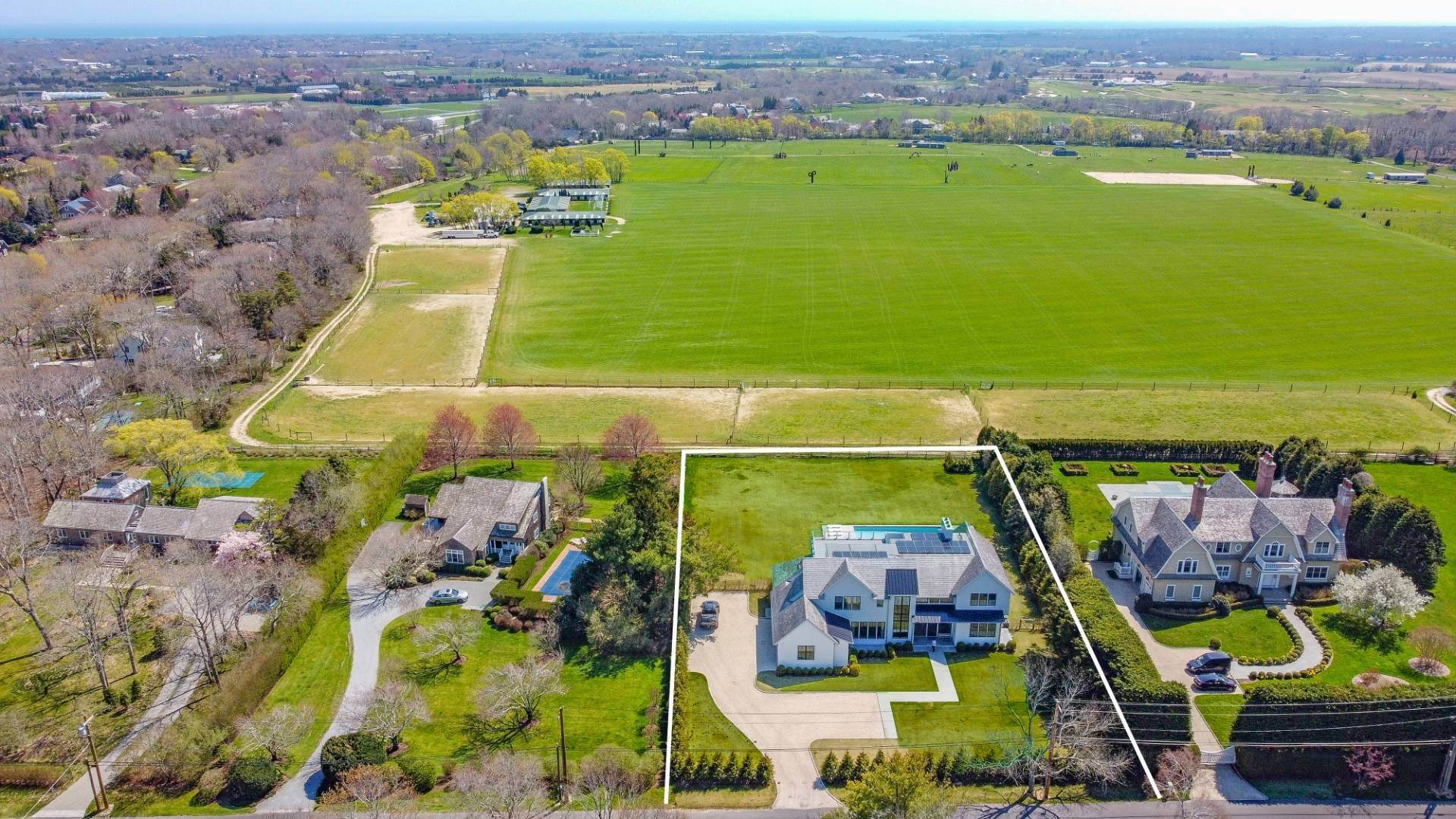 2. Single Family Home at Bridgehampton New Construction Adjacent To Reserve 365 Lopers Path, Bridgehampton, NY 11976