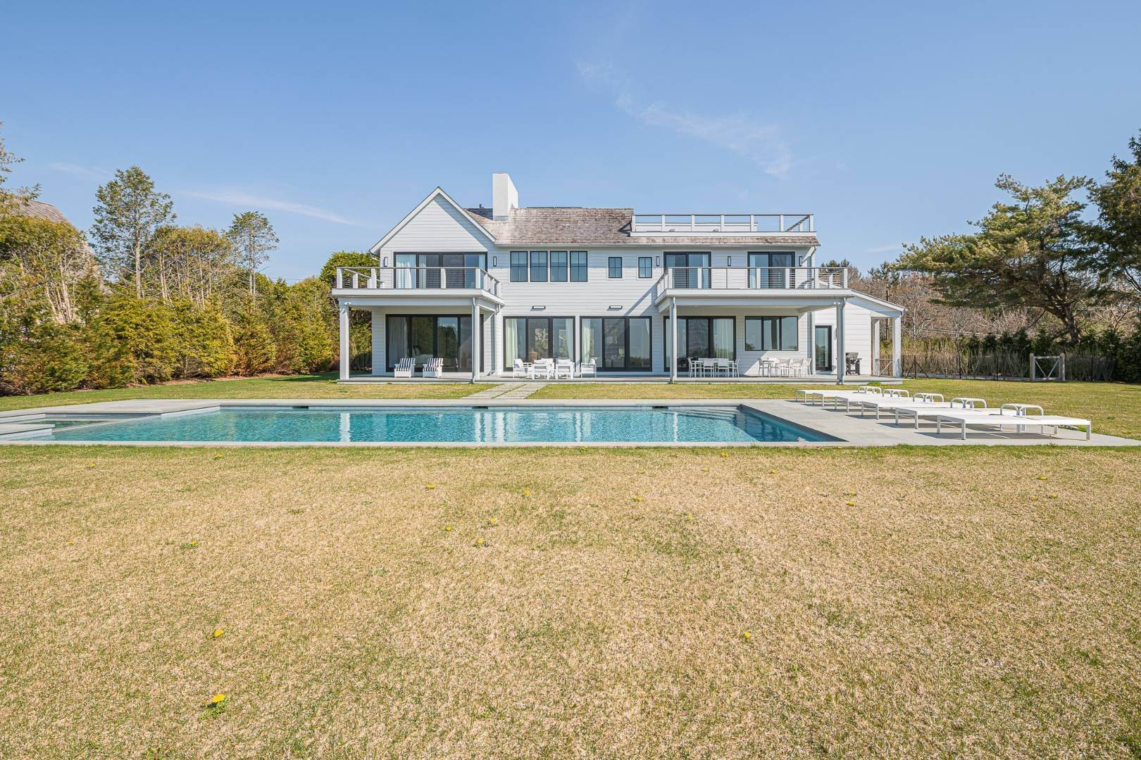 7. Single Family Home at Bridgehampton New Construction Adjacent To Reserve 365 Lopers Path, Bridgehampton, NY 11976