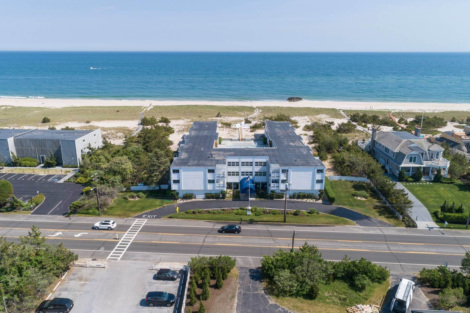 23. Co-op Properties at Oceanfront Living With Sunset Views 281 Dune Road, 8b And 9b, Westhampton Beach Village, NY 11978