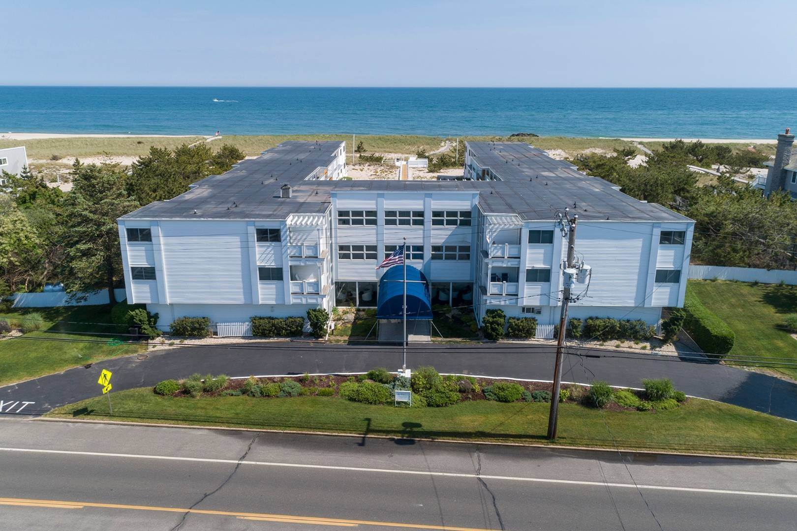 21. Co-op Properties at Oceanfront Living With Sunset Views 281 Dune Road, 8b And 9b, Westhampton Beach Village, NY 11978