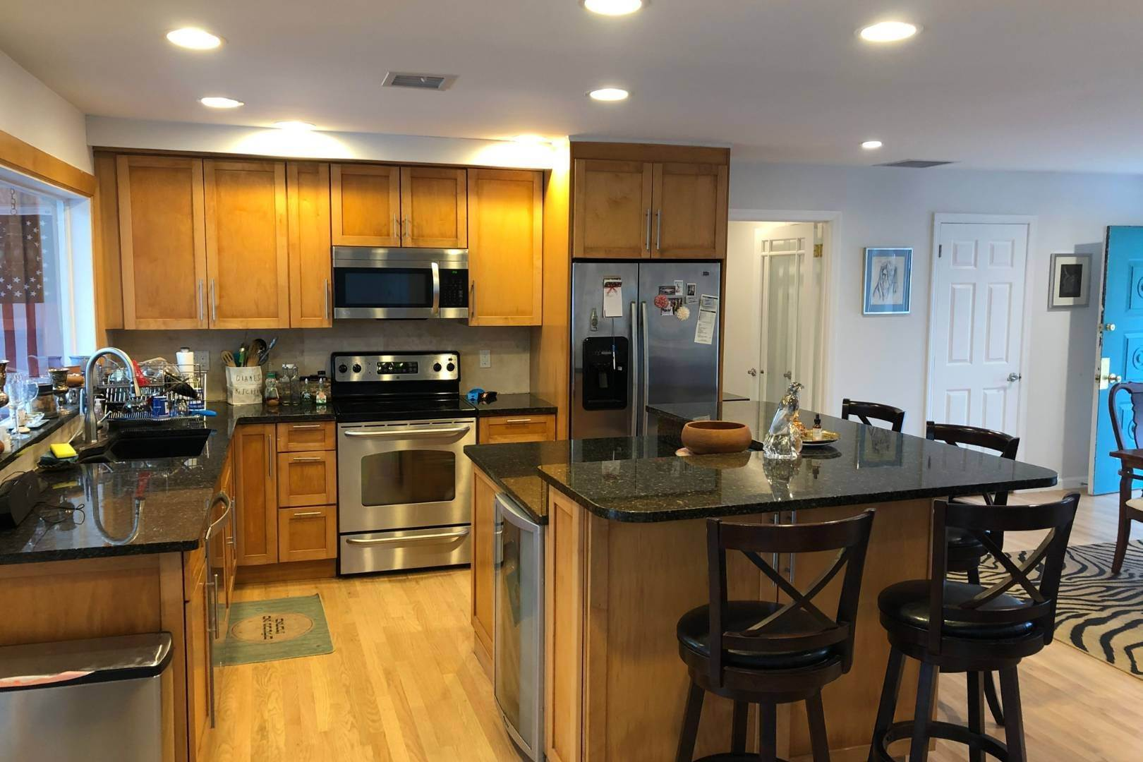 5. Single Family Home at Prime Westhampton Beach Location, Close To Beach And Village 48 East Bayfield Lane, Westhampton Beach Village, NY 11978