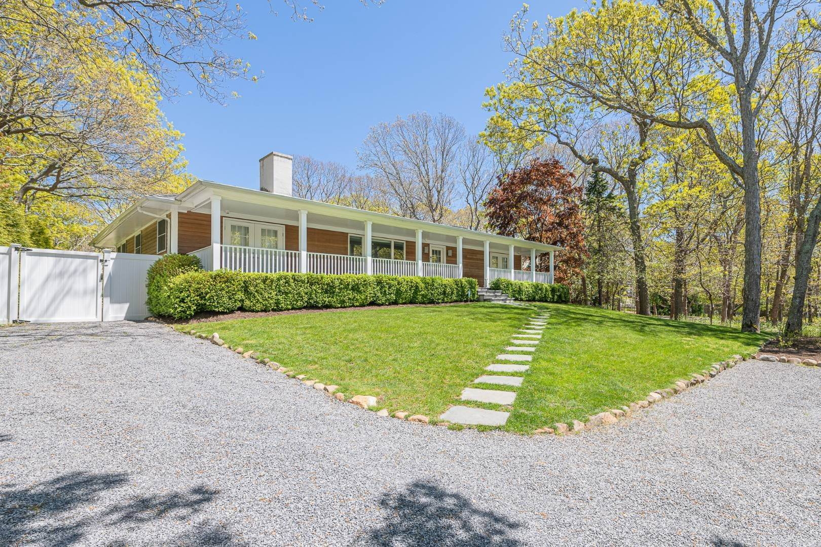 Single Family Home for Sale at East Hampton Ranch/Contemporary 104 Springy Banks Rd, East Hampton, NY 11937