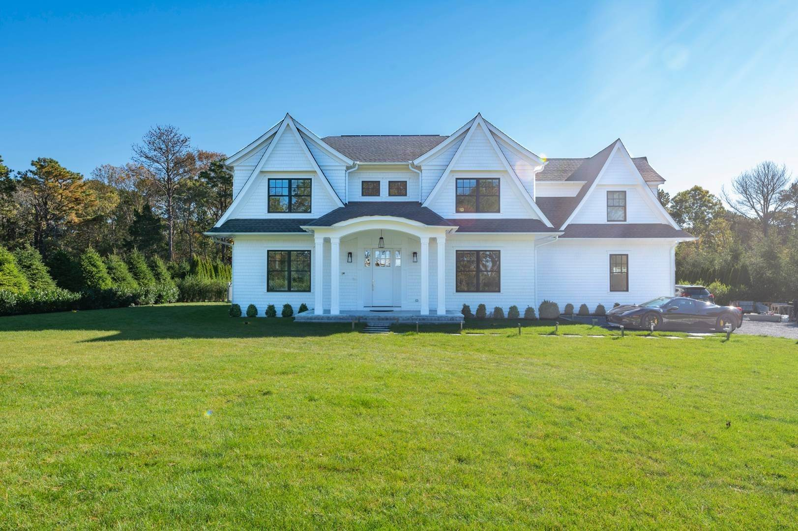Single Family Home at Gated And Very Private Ultra Luxury Modern Residence Southampton, NY 11968