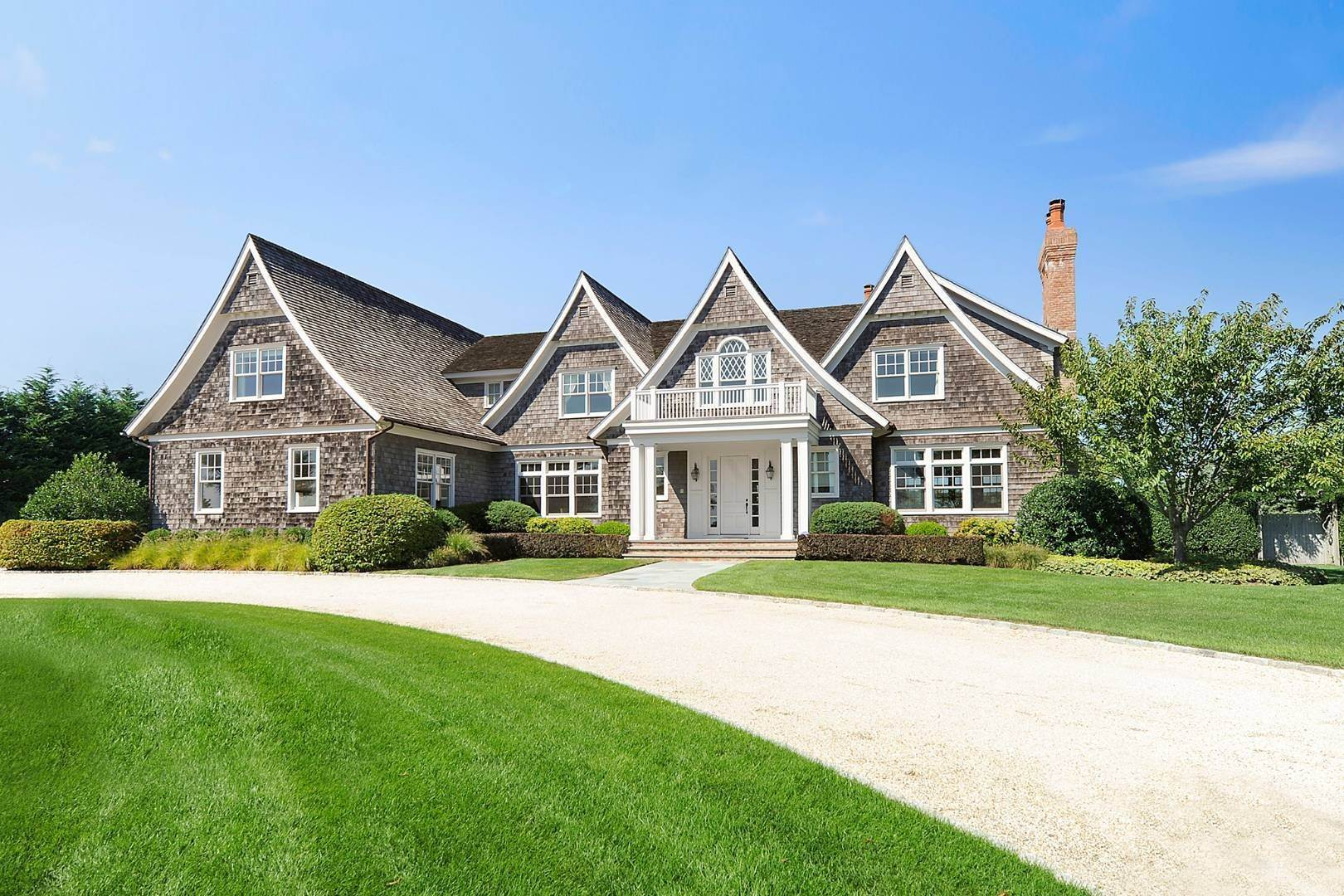 Single Family Home at Southampton Village Elegance And Grace 3 Halsey Path, Southampton, NY 11968