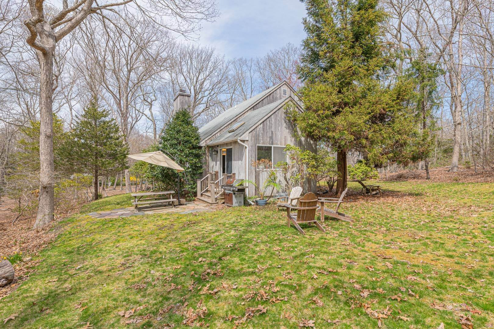 13. Single Family Home at Private And Serene In Sag Harbor Sag Harbor, NY 11963