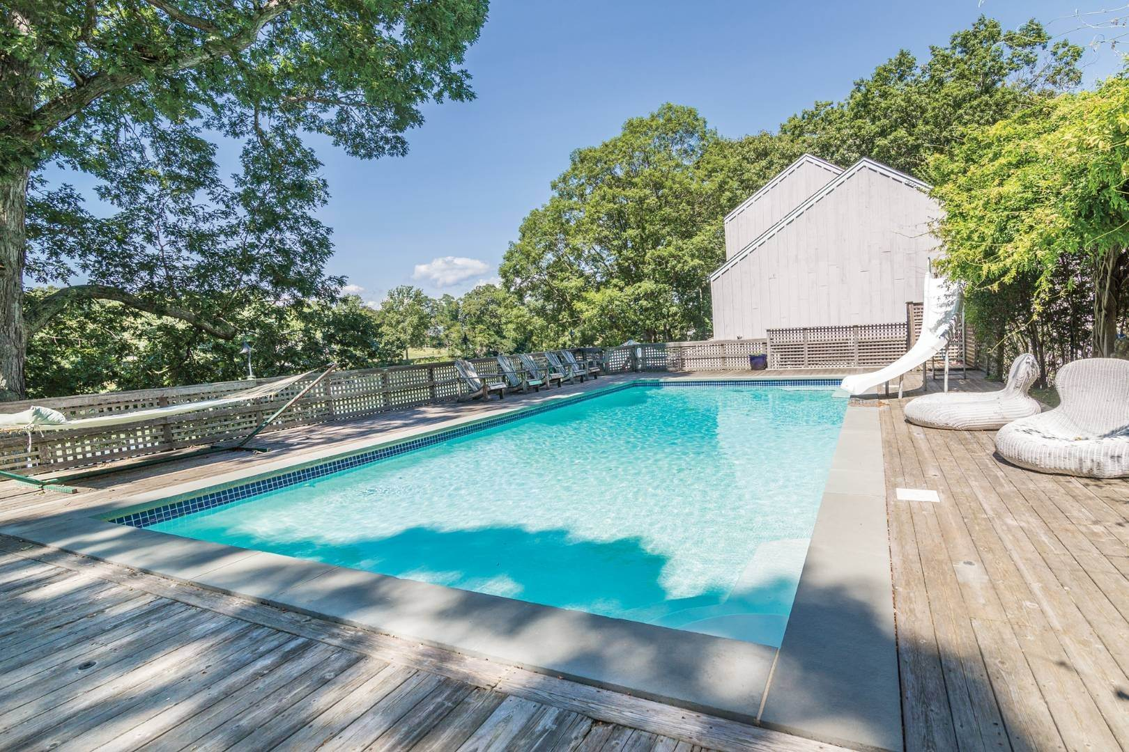 2. Single Family Home at Modernist Waterfront With Pool Near Shelter Island Heights Shelter Island Heights, NY 11965