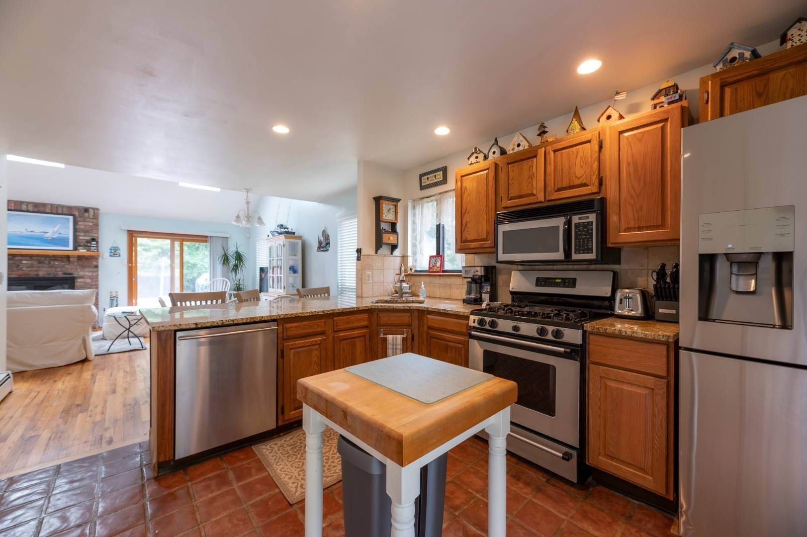 6. Single Family Home at Charming Home With Heated Pool 221 Norfolk Dr, East Hampton, NY 11937