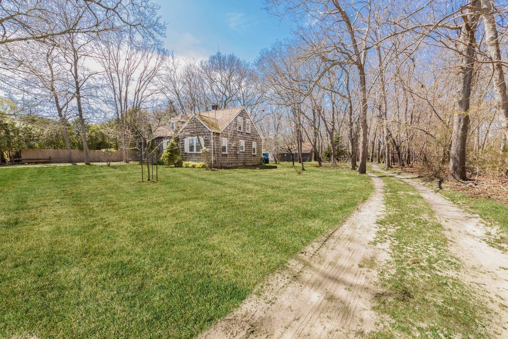 Single Family Home for Sale at East Hampton Cottage On 1.17 Acres 43 Miller Lane West, East Hampton, NY 11937