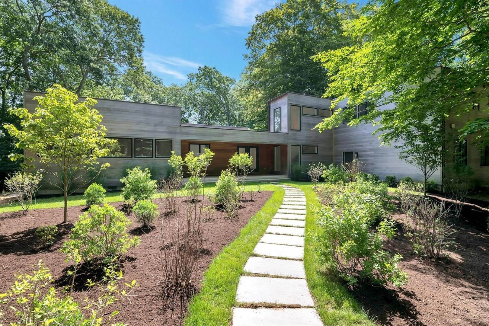 Single Family Home at White, Bright And Beachy Contemporary! Eh Village Fringe Rental! 3 Old Orchard Lane, East Hampton, NY 11937