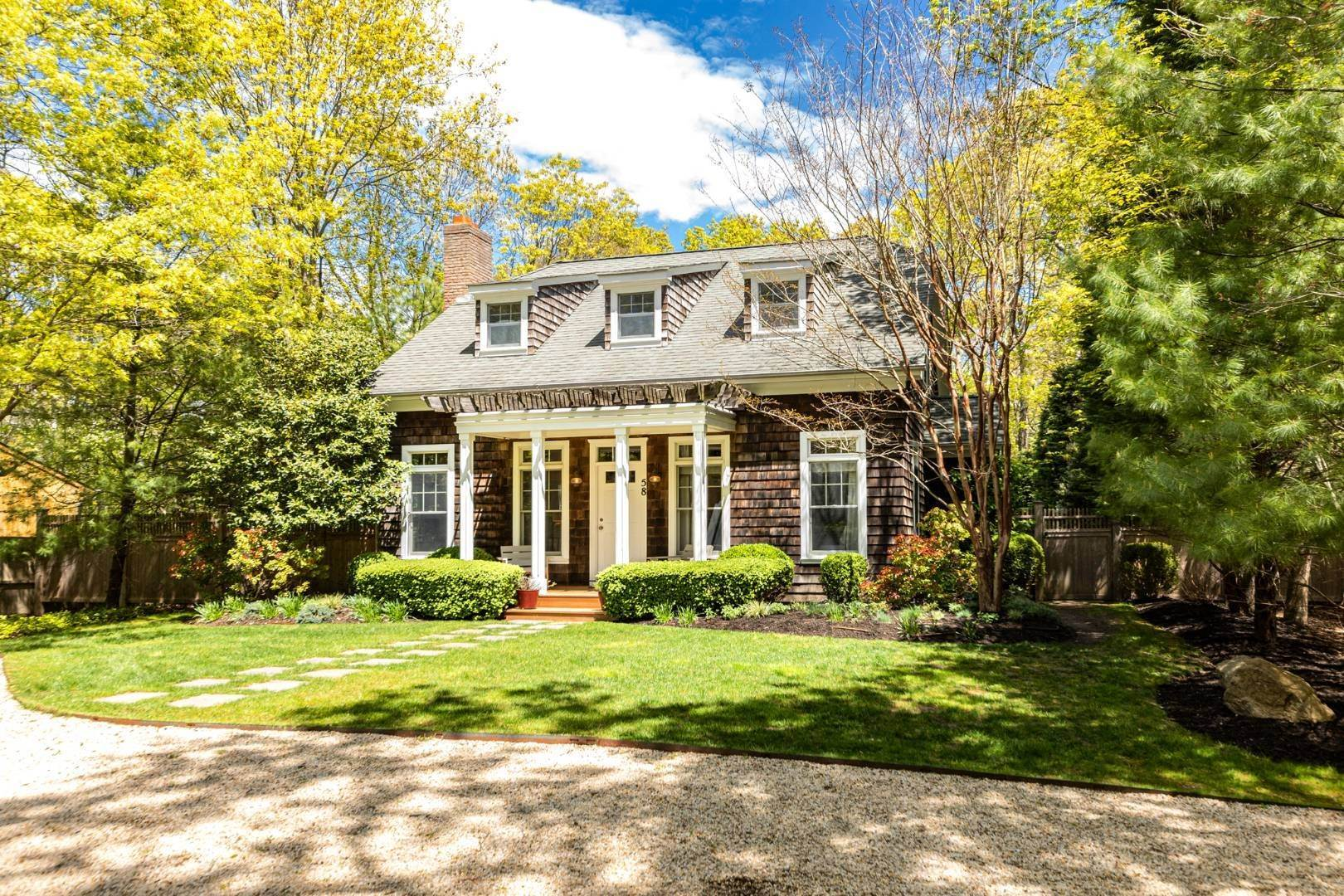 Single Family Home for Sale at Stylish Springs 58 Sycamore Drive, East Hampton, NY 11937