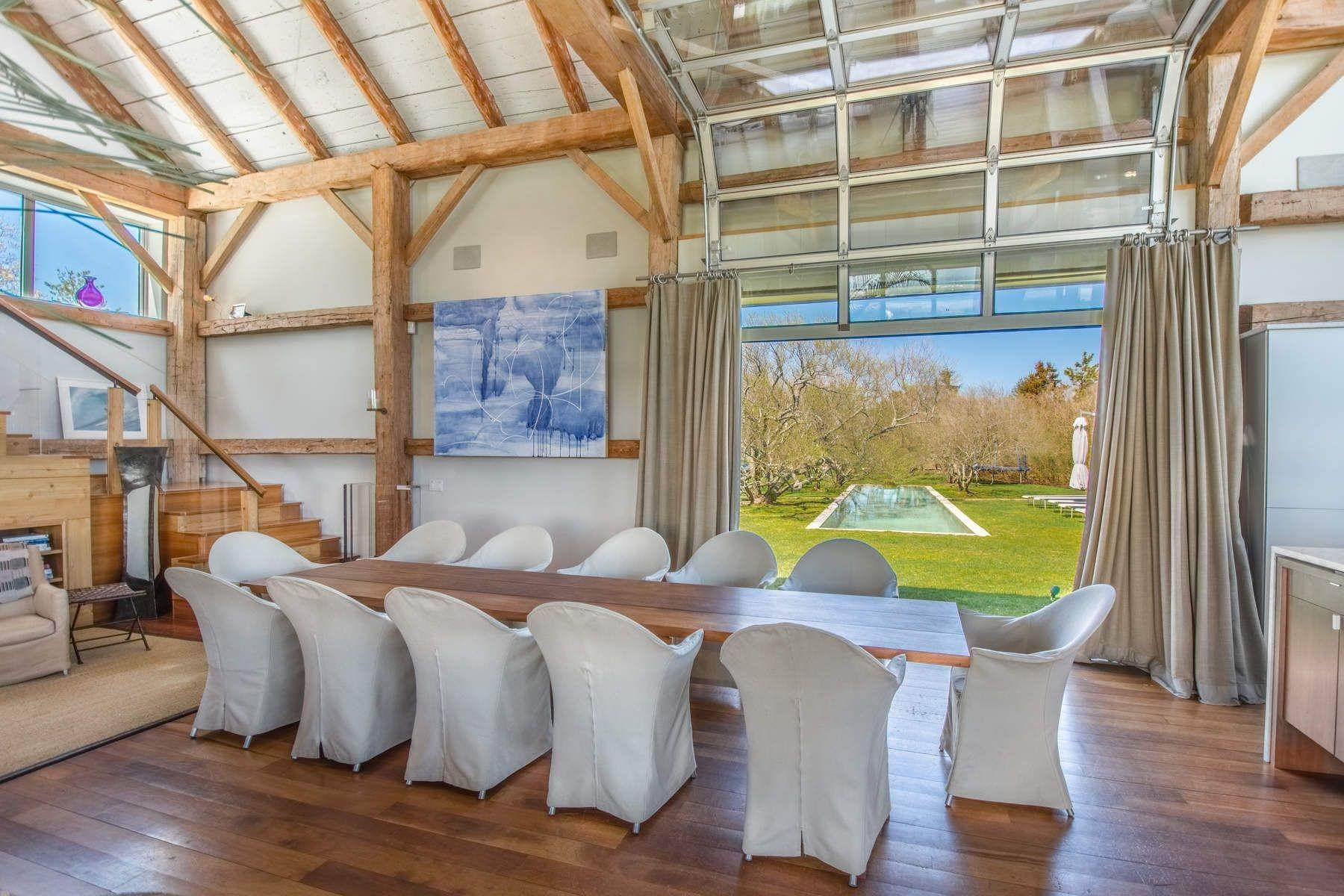 23. Single Family Home at Famous Fashion Designer's Private Oceanfront Retreat 135 Crestview Lane, Sagaponack Village, NY 11962