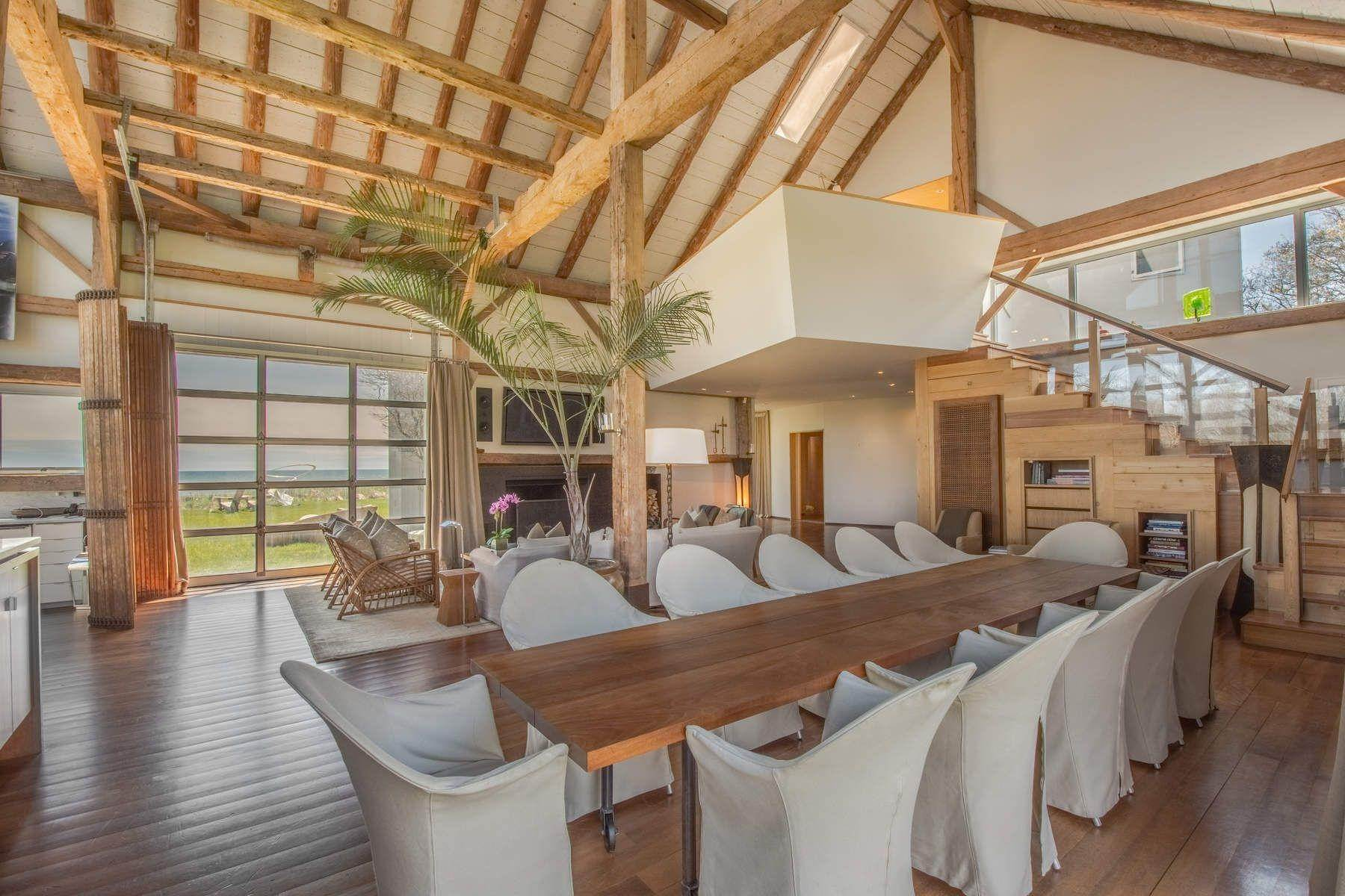 36. Single Family Home at Famous Fashion Designer's Private Oceanfront Retreat 135 Crestview Lane, Sagaponack Village, NY 11962