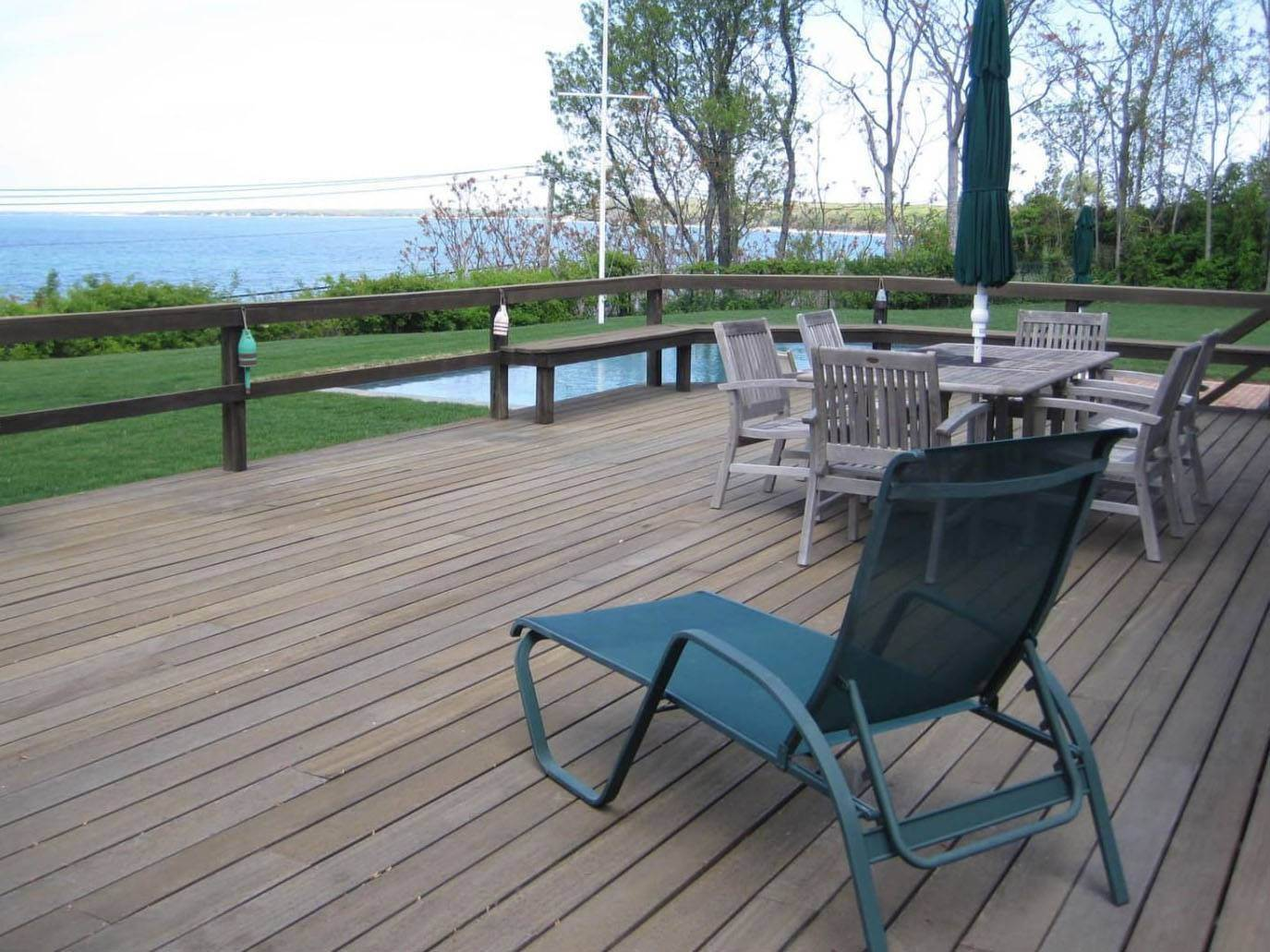 3. Single Family Home at Water Views, Sunsets Close To The Beach Sag Harbor, NY 11963