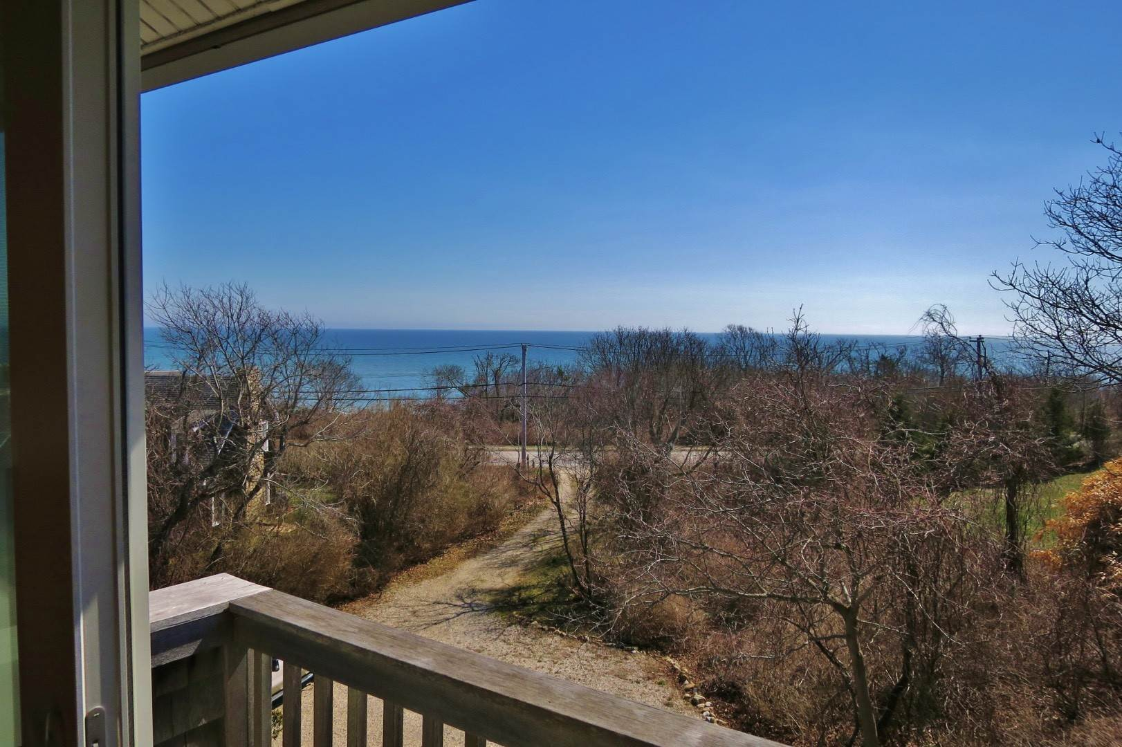 13. Single Family Home at Montauk Ocean Views Montauk, NY 11954
