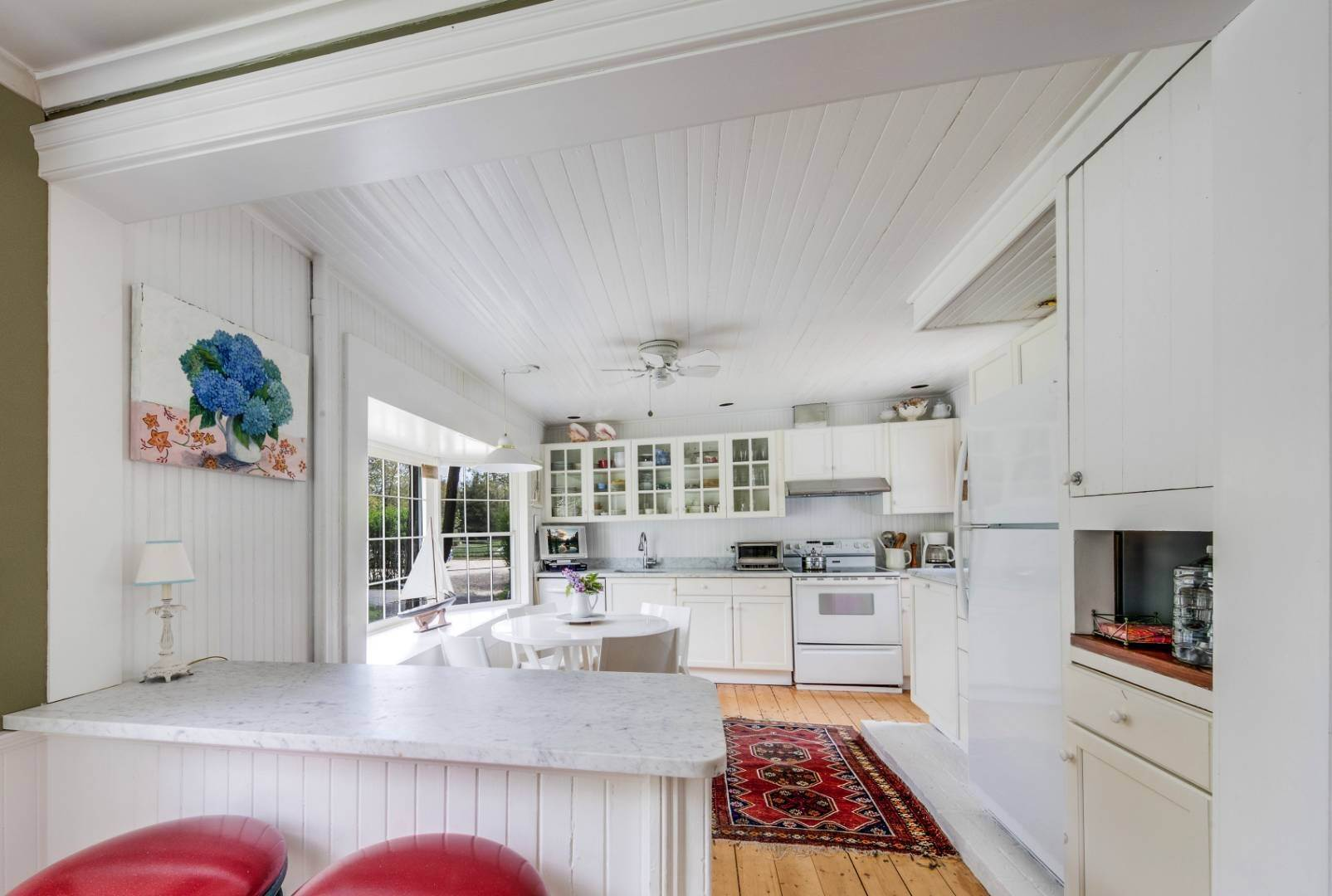 8. Single Family Home at East Hampton Farmhouse Compound East Hampton, NY 11937