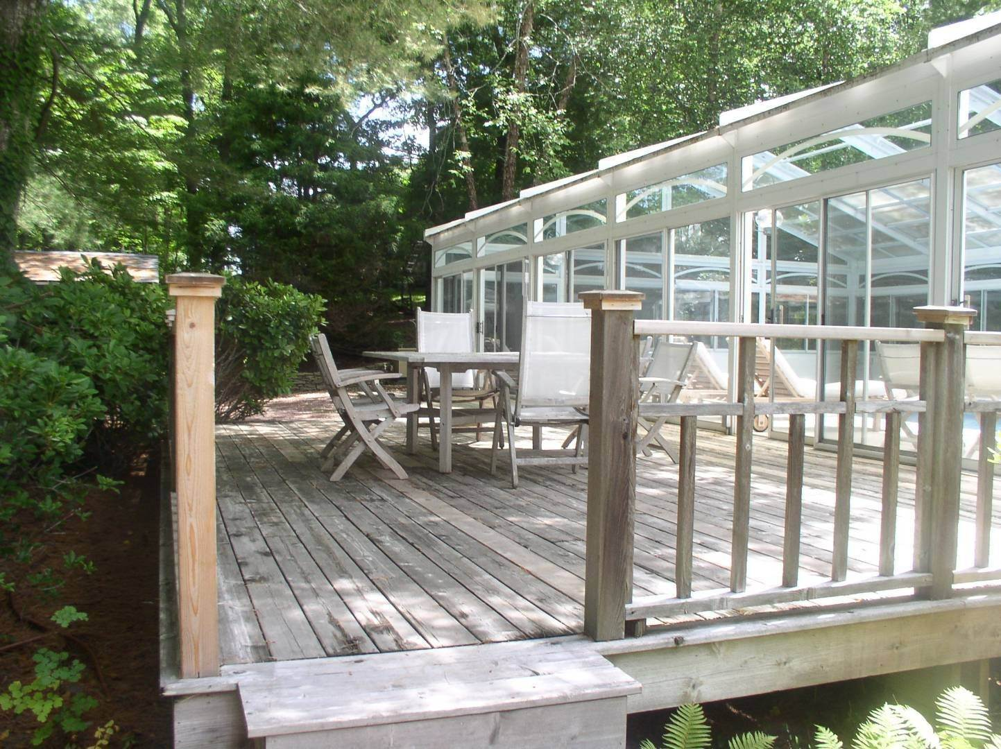 23. Single Family Home at East Hampton Summer Getaway! 120 Springy Banks Road, East Hampton, NY 11937