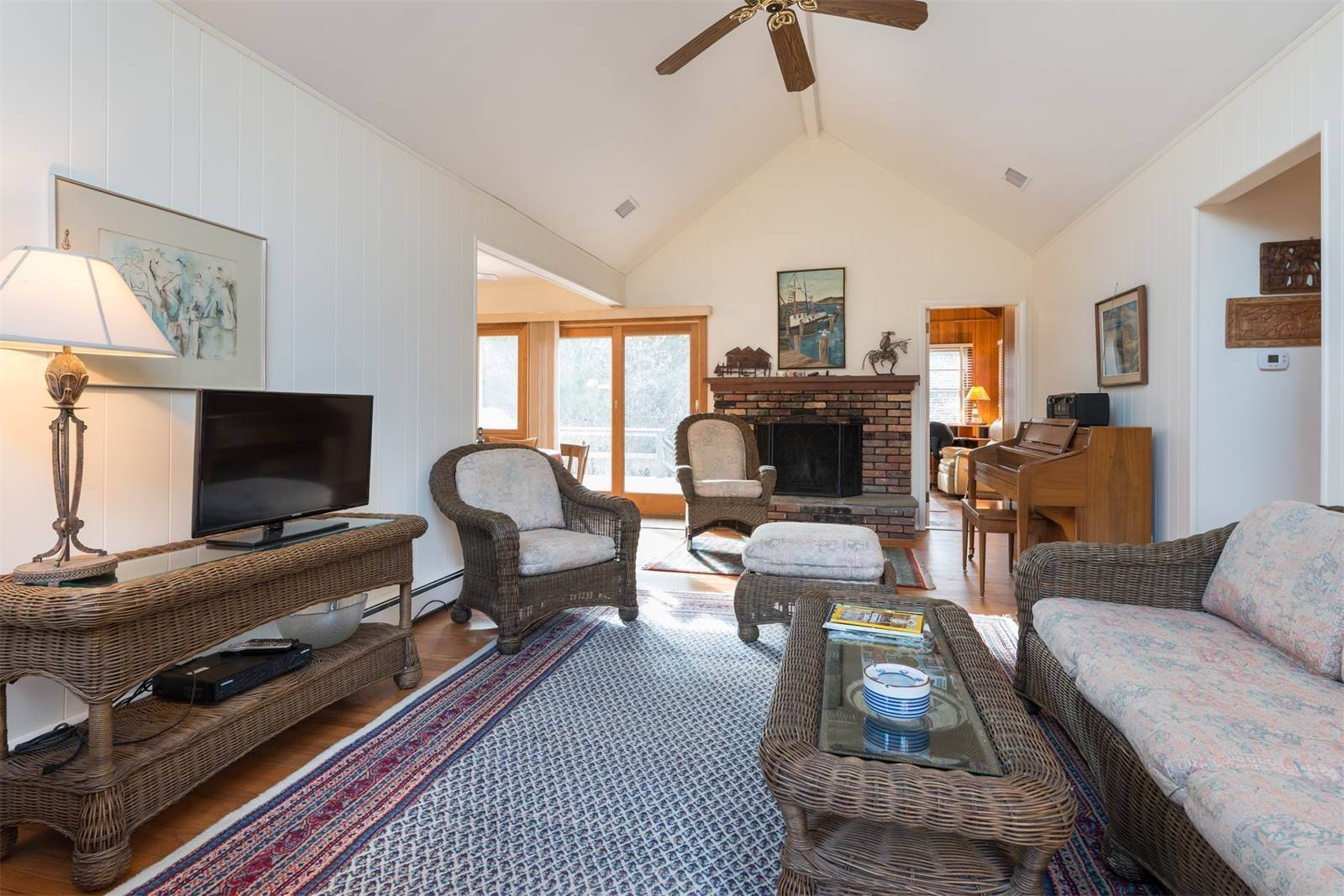 6. Single Family Home at Amagansett Dunes, Atlantic Ocean Is Down The Road Amagansett, NY 11930