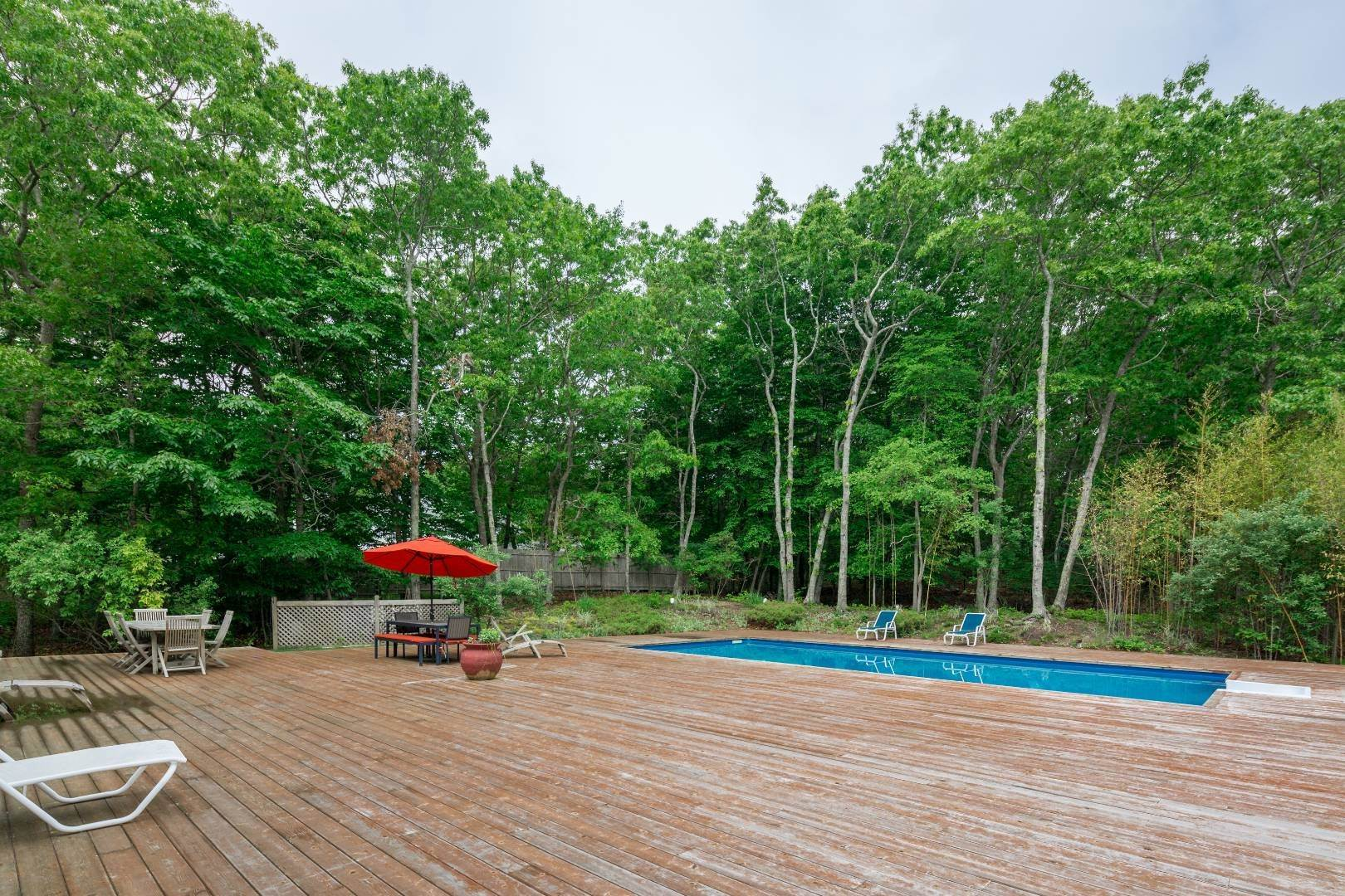 25. Single Family Home at Southampton 5 Bedroom With Tennis Southampton, NY 11968