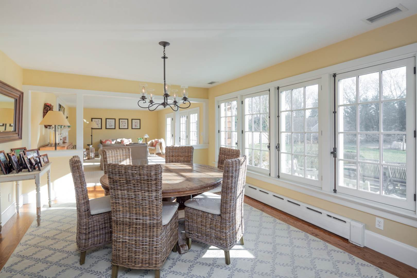 4. Single Family Home at Bright & Sunny In East Hampton Village East Hampton, NY 11937