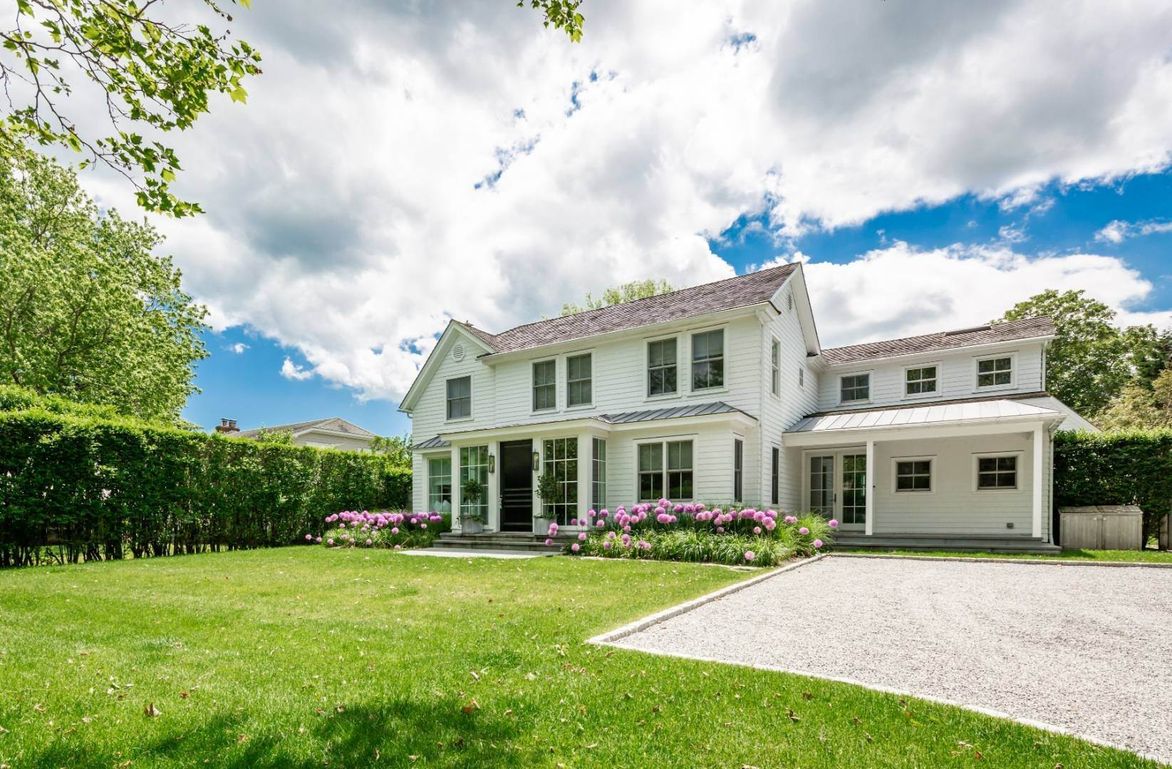 Single Family Home at New And Stylish In The Lanes Amagansett, NY 11930