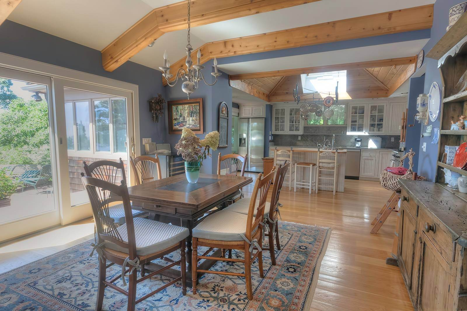 4. Single Family Home at Forever Views Directly On Shinnecock Bay 8 Peconic Road, Southampton, NY 11968
