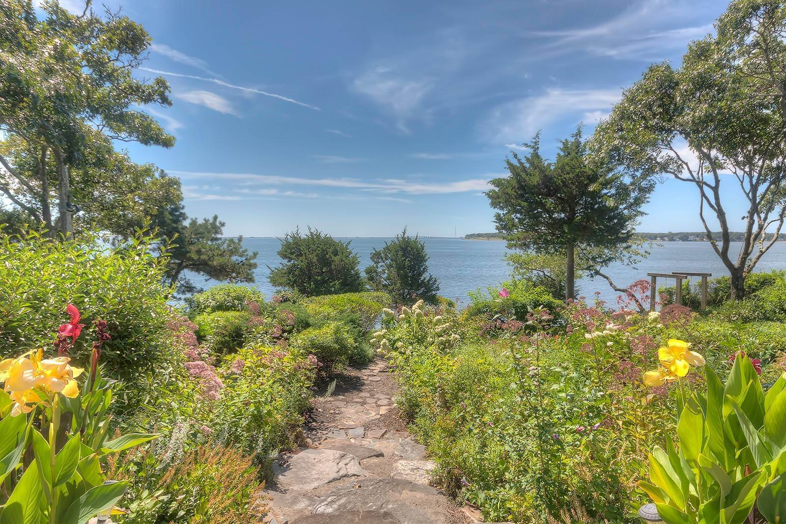 17. Single Family Home at Forever Views Directly On Shinnecock Bay 8 Peconic Road, Southampton, NY 11968