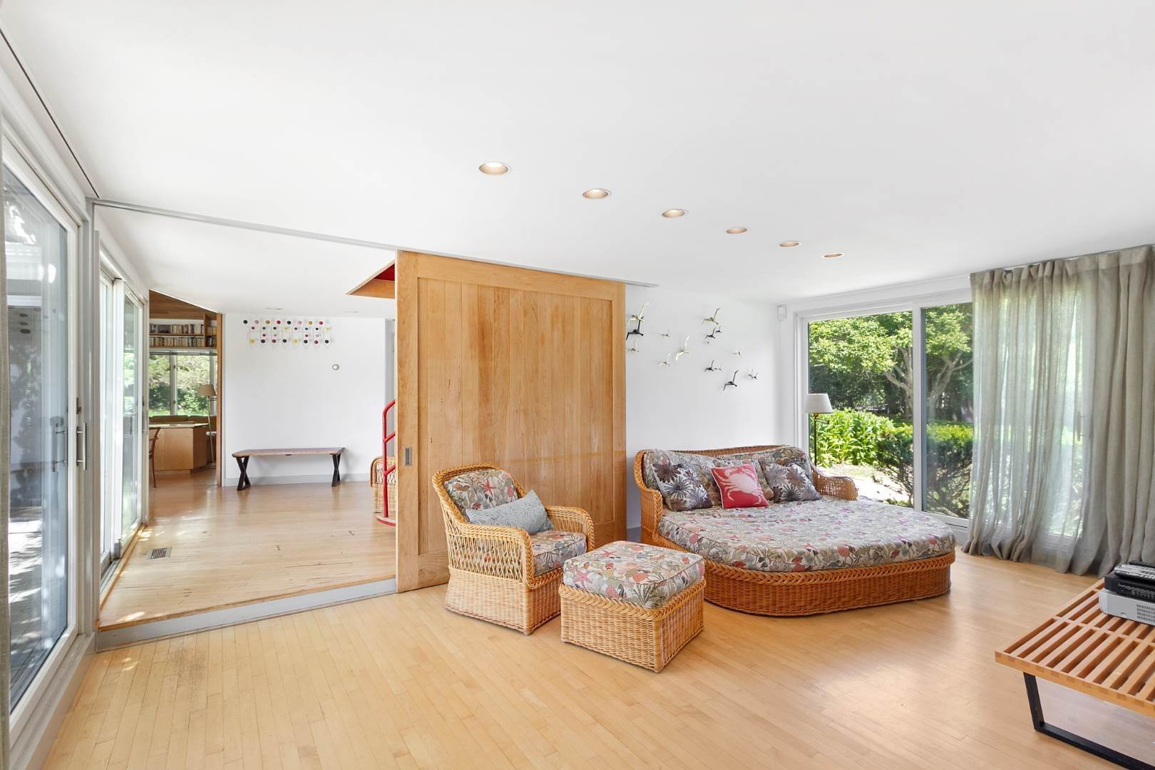 14. Single Family Home at Pool And Privacy Near Sagaponack Beaches 51 Seascape Lane, Sagaponack Village, NY 11962