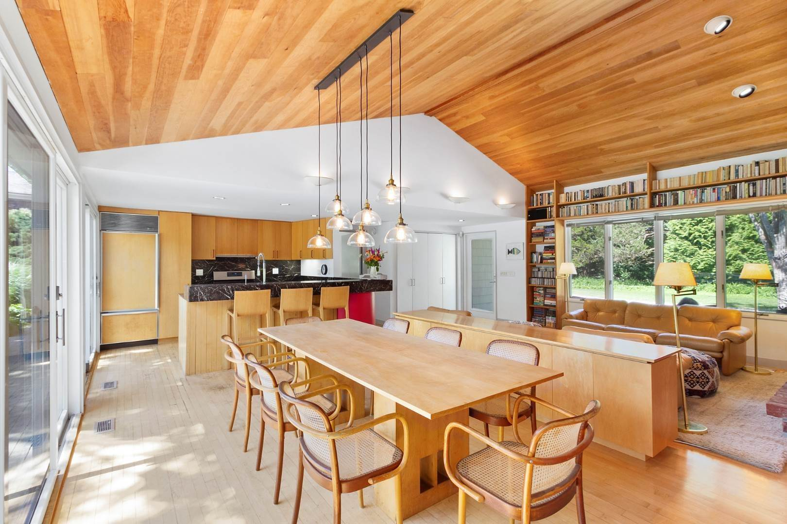 7. Single Family Home at Pool And Privacy Near Sagaponack Beaches 51 Seascape Lane, Sagaponack Village, NY 11962