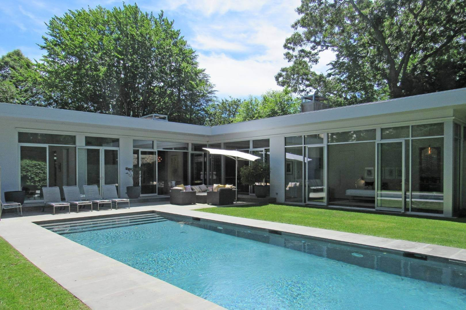 Single Family Home at Exquisitely Designed Modern East Hampton, NY 11937