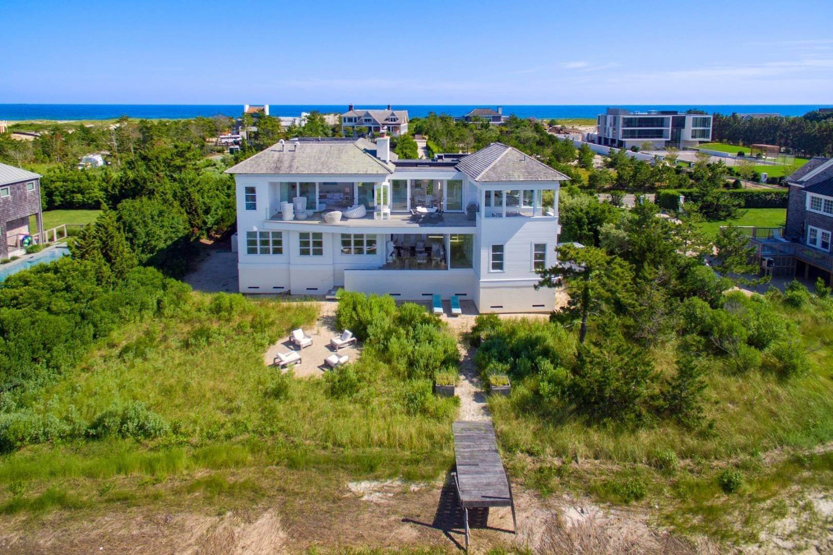 3. Single Family Home at Meadow Lane Modern Bay Front With Dock 1377 Meadow Lane, Southampton, NY 11968