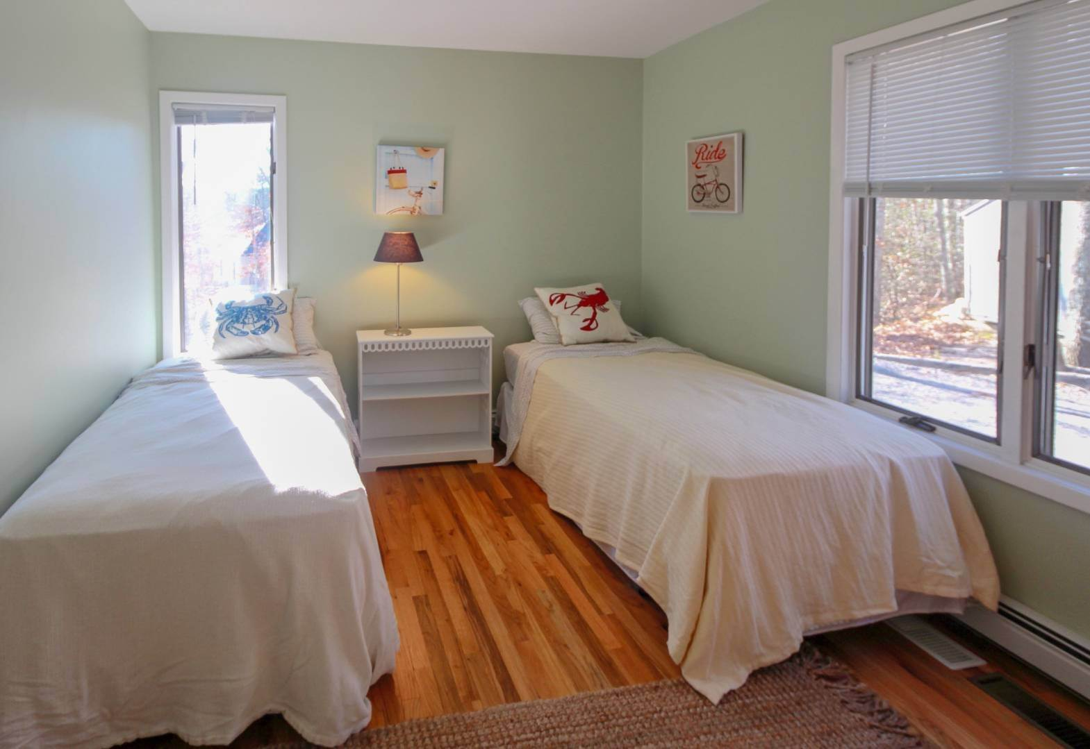 15. Single Family Home at Sag Harbor 4 Bedroom Close To Long Beach! Sag Harbor, NY 11963