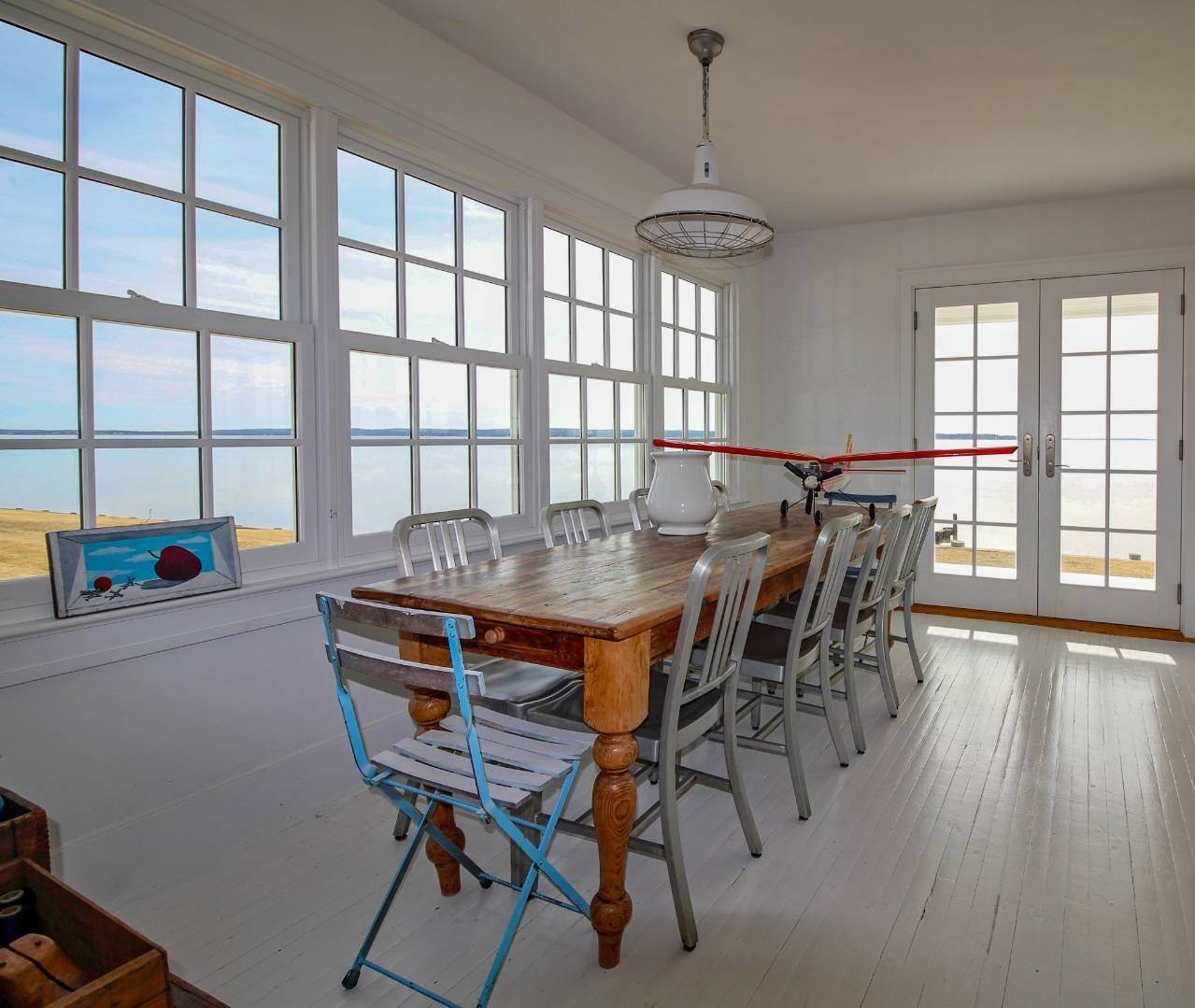 7. Single Family Home at Shelter Island Perfect Silver Beach Cottage Shelter Island Heights, NY 11964