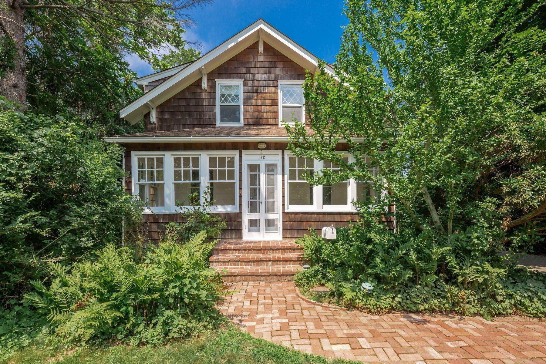Single Family Home for Sale at East Hampton Village Privacy 172 Newtown Lane, East Hampton, NY 11937