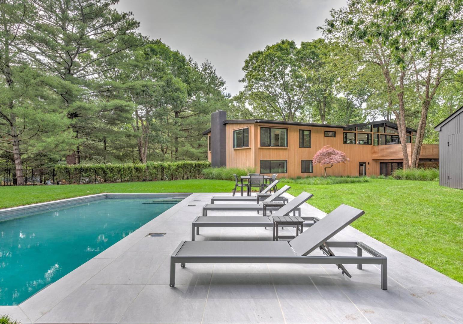Single Family Home at Smart Modern Living East Hampton, NY 11937