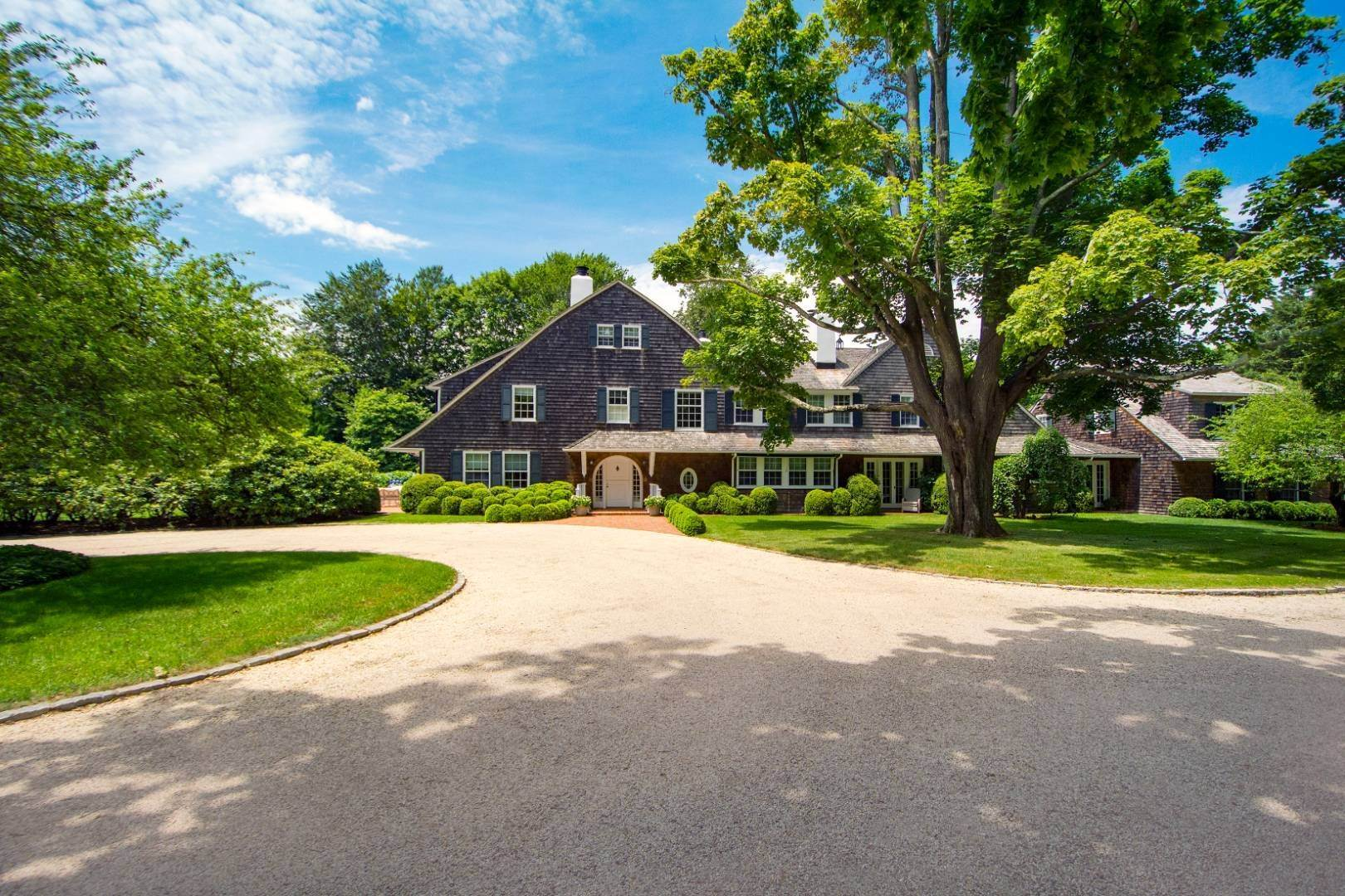 Single Family Home for Sale at The Tenacre Estate On Ox Pasture, Southampton 275 Ox Pasture Road, Southampton, NY 11968