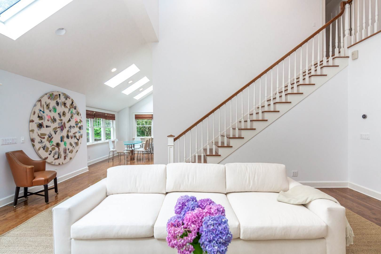 4. Single Family Home at Elegant East Hampton Traditional 3 Addie Conklin Lane, East Hampton, NY 11937