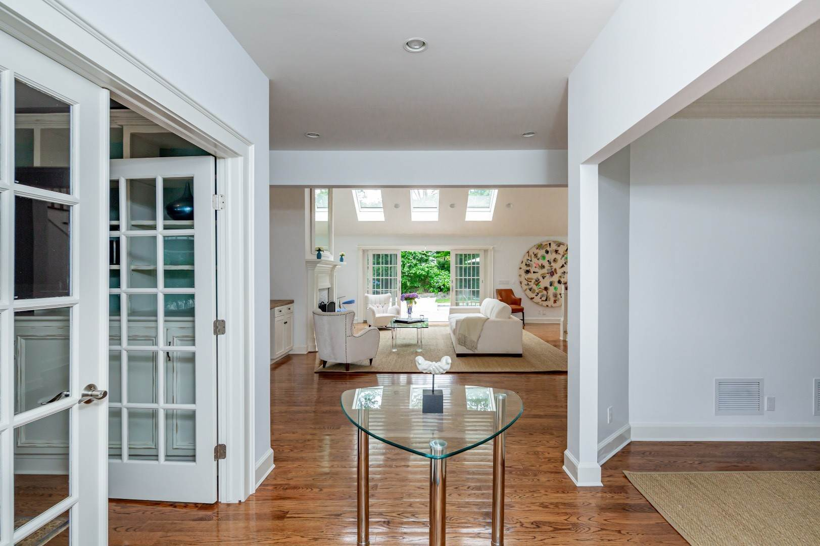3. Single Family Home at Elegant East Hampton Traditional 3 Addie Conklin Lane, East Hampton, NY 11937