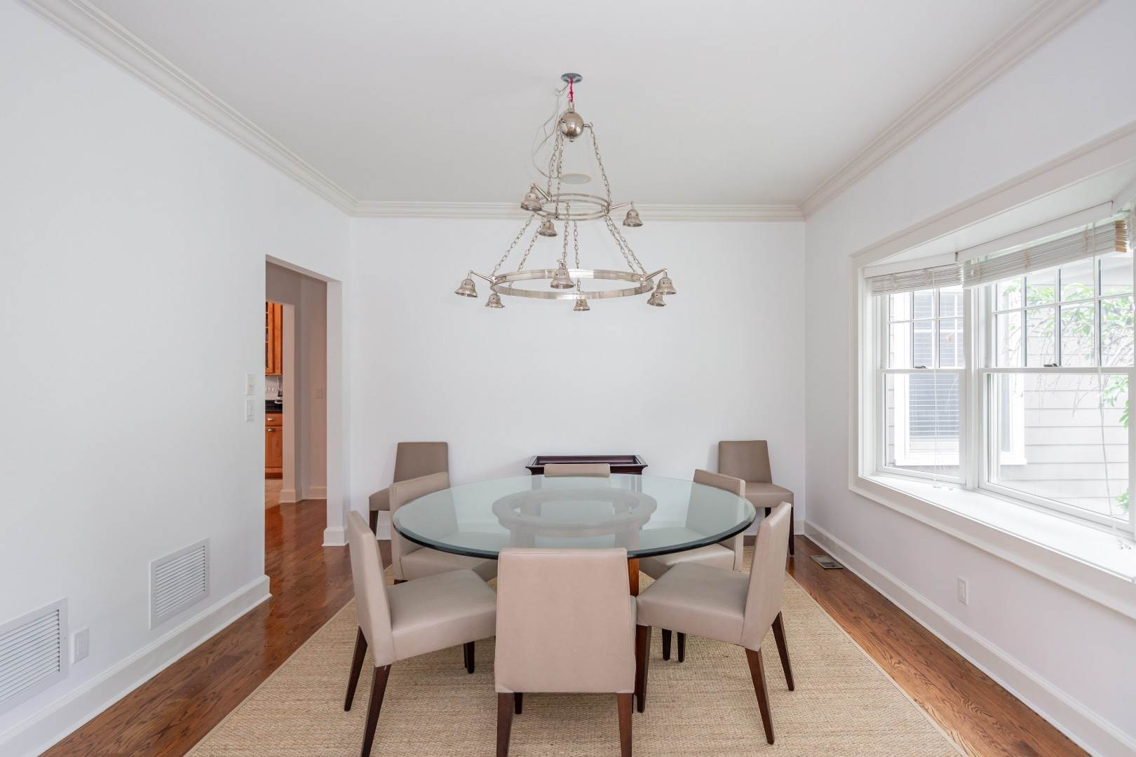 12. Single Family Home at Elegant East Hampton Traditional 3 Addie Conklin Lane, East Hampton, NY 11937
